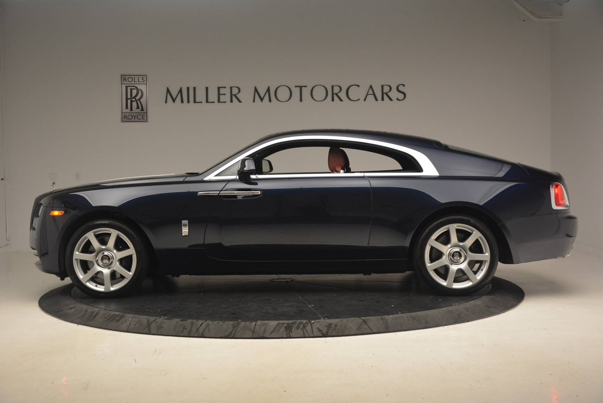 Used 2016 Rolls-Royce Wraith  For Sale In Greenwich, CT. Alfa Romeo of Greenwich, 7204 1170_p3