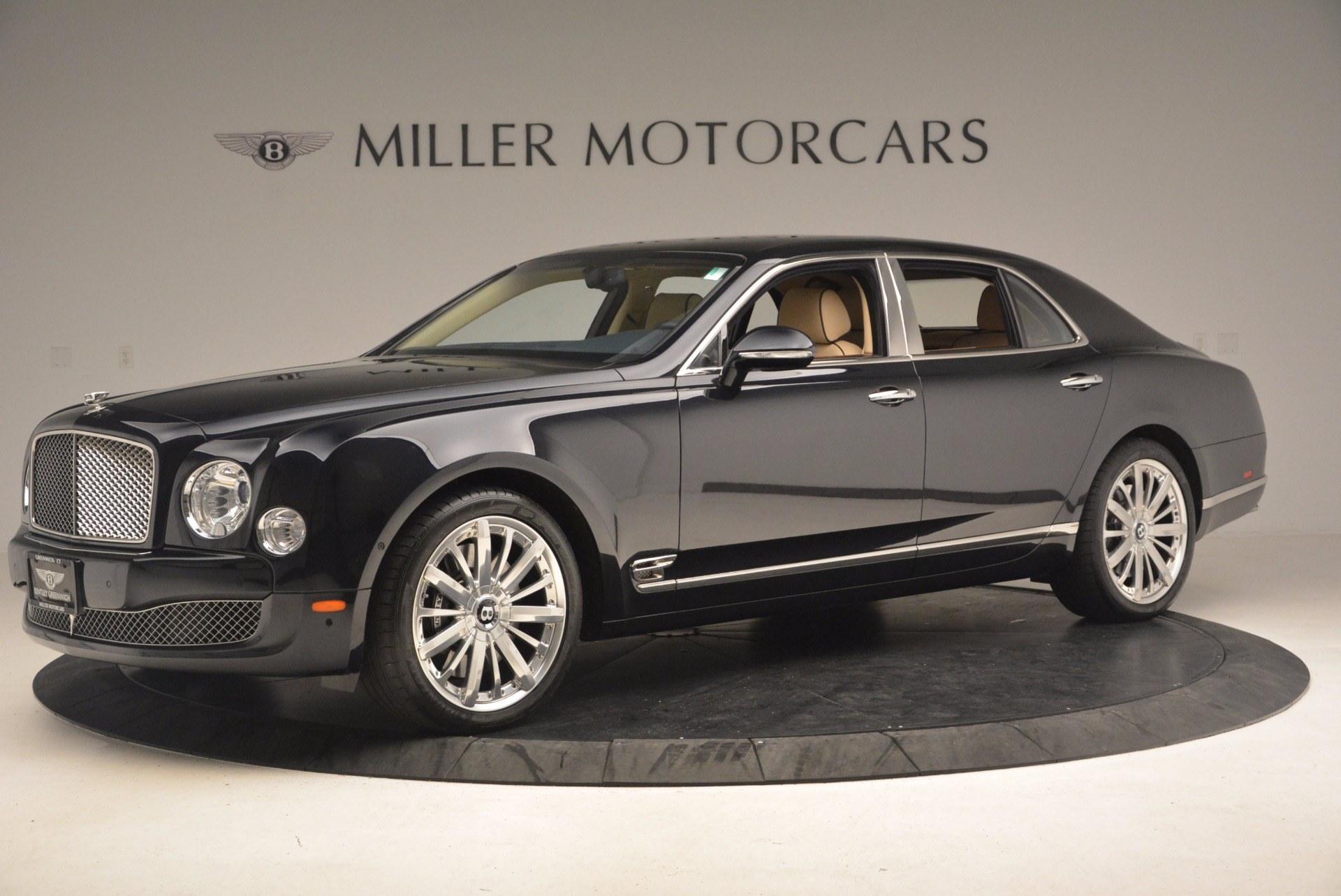 Used 2016 Bentley Mulsanne  For Sale In Greenwich, CT. Alfa Romeo of Greenwich, 7208 1173_p2