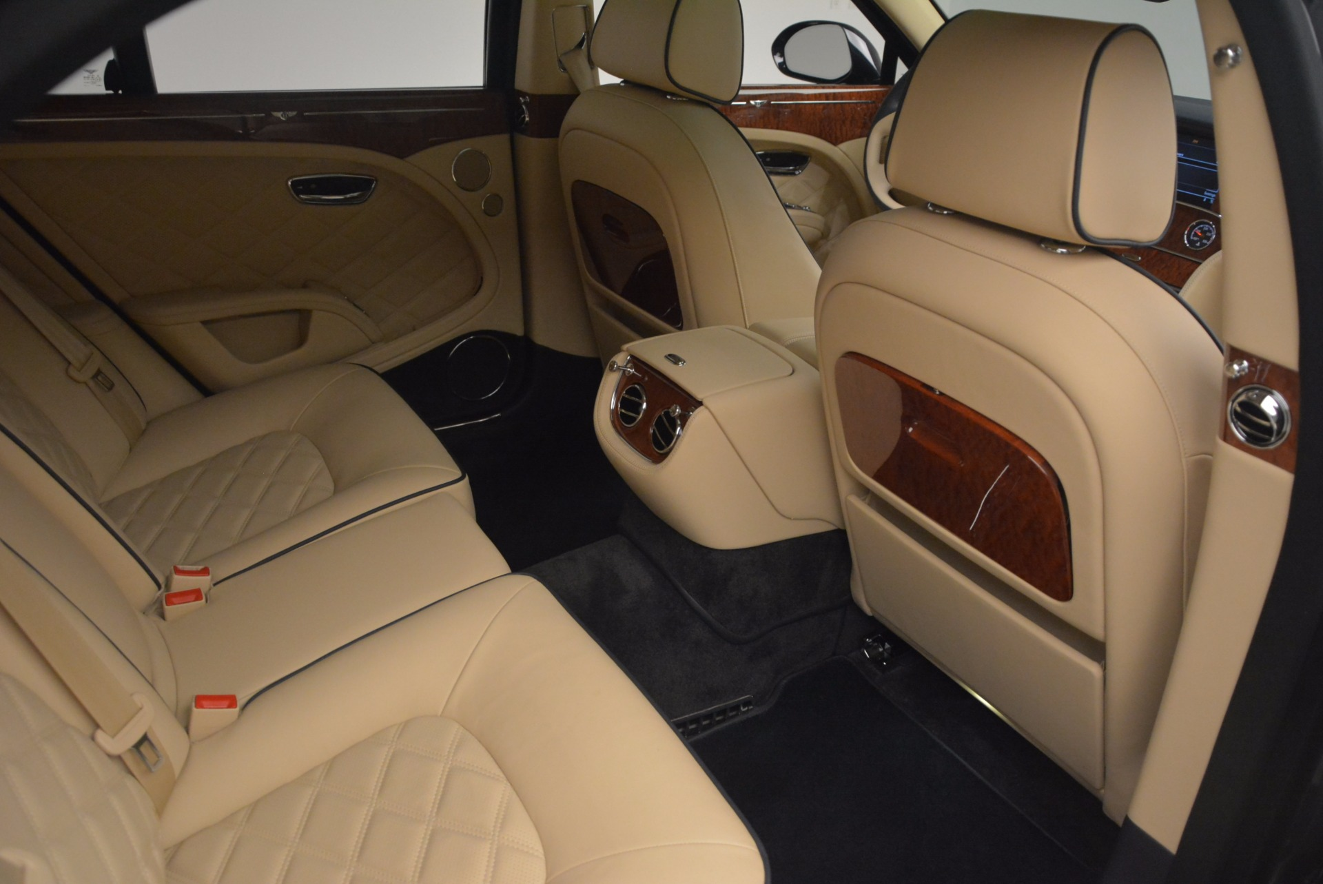 Used 2016 Bentley Mulsanne  For Sale In Greenwich, CT. Alfa Romeo of Greenwich, 7208 1173_p43