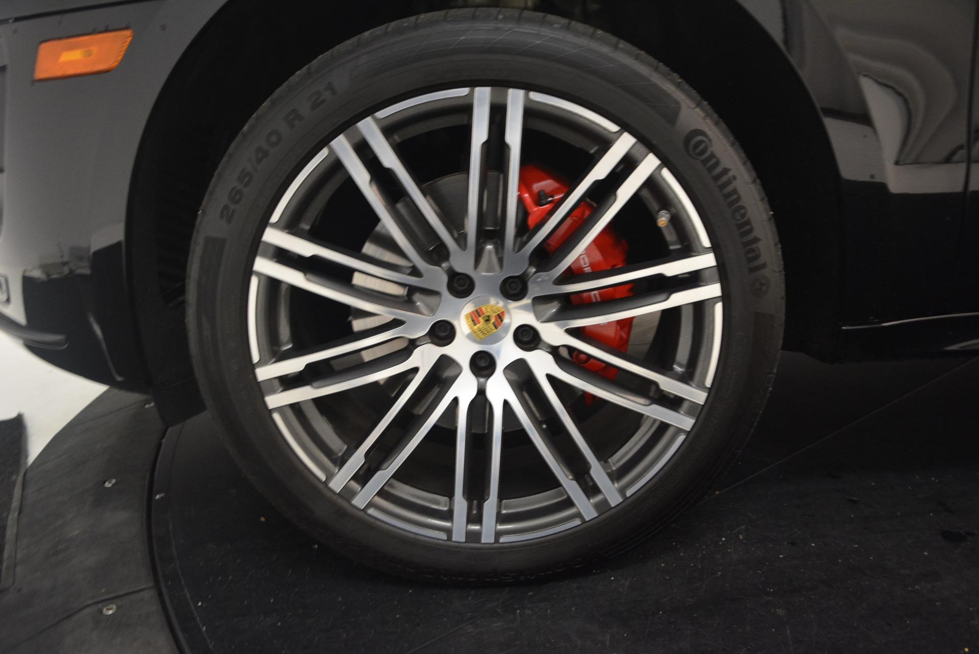 Used 2016 Porsche Macan Turbo For Sale In Greenwich, CT. Alfa Romeo of Greenwich, L083A 1177_p16
