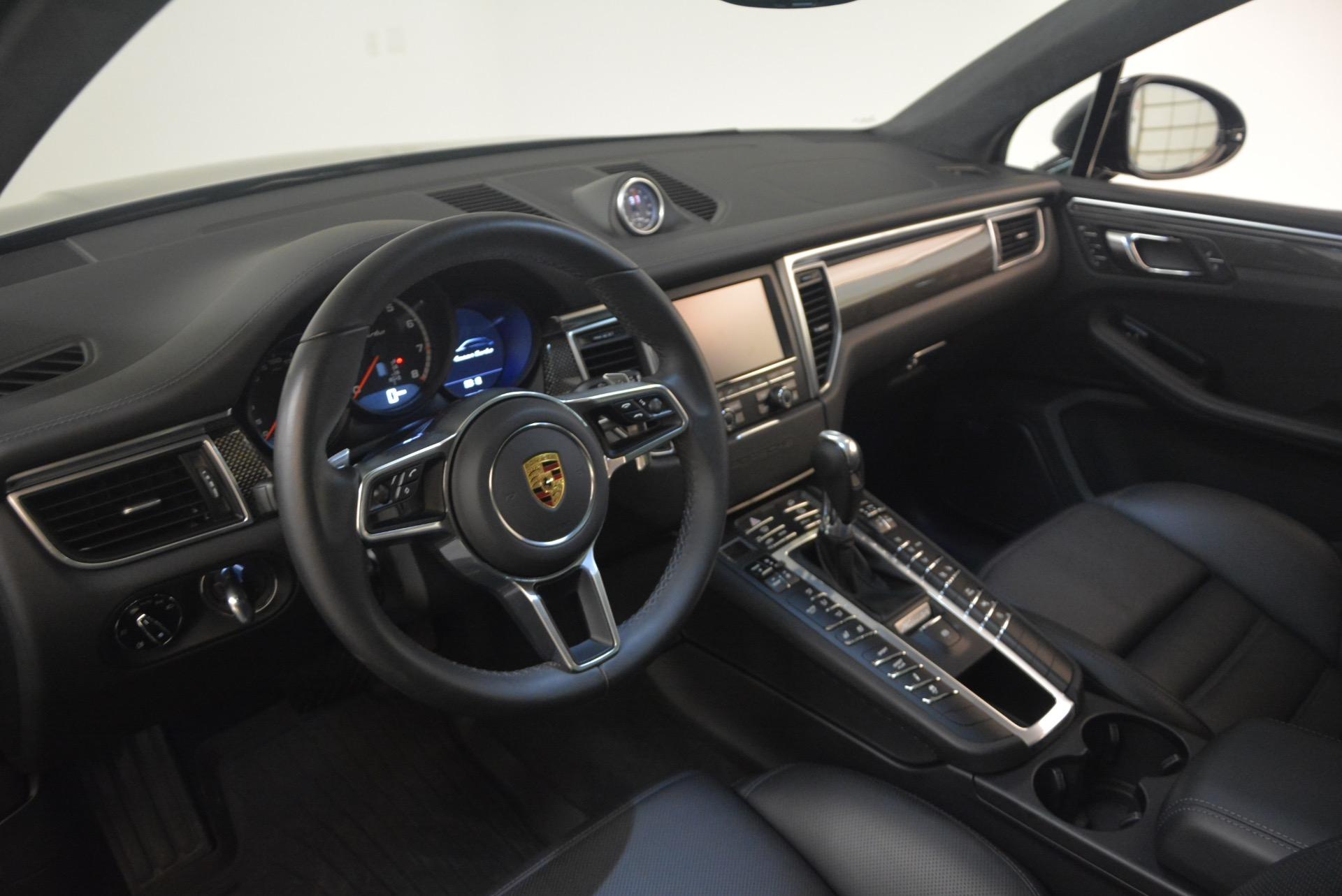 Used 2016 Porsche Macan Turbo For Sale In Greenwich, CT. Alfa Romeo of Greenwich, L083A 1177_p17