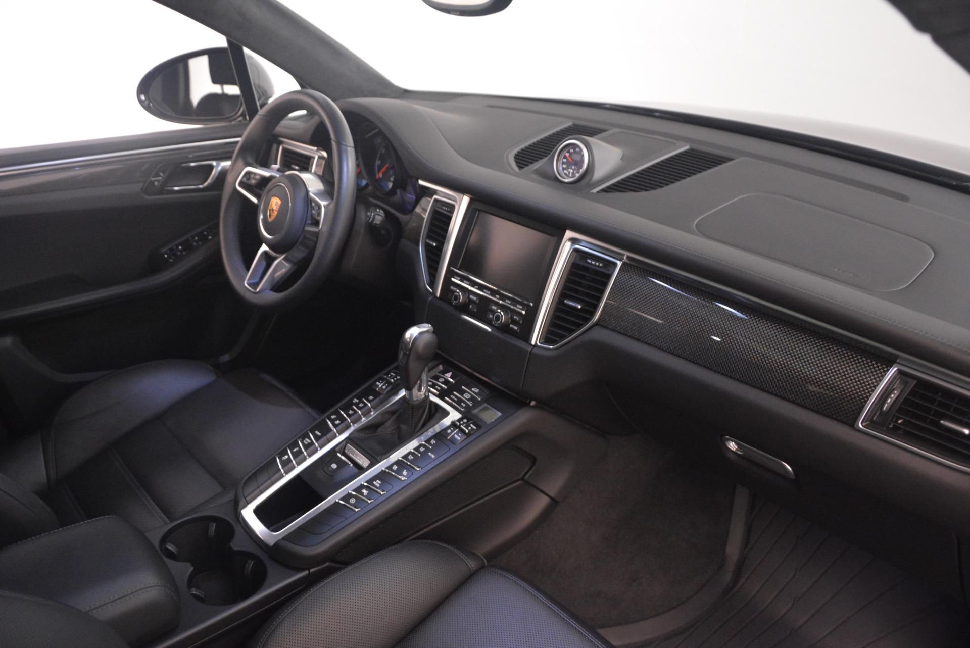 Used 2016 Porsche Macan Turbo For Sale In Greenwich, CT. Alfa Romeo of Greenwich, L083A 1177_p21