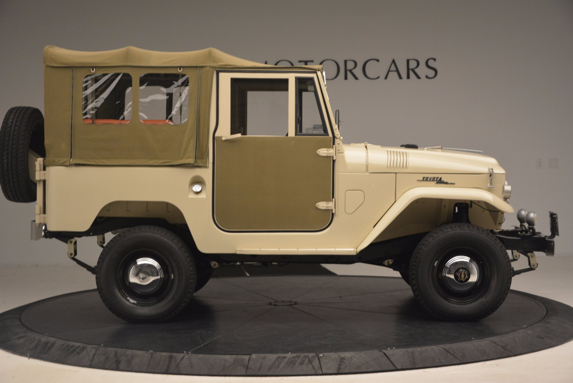 Used 1966 Toyota FJ40 Land Cruiser Land Cruiser For Sale In Greenwich, CT. Alfa Romeo of Greenwich, 11123 1179_p12