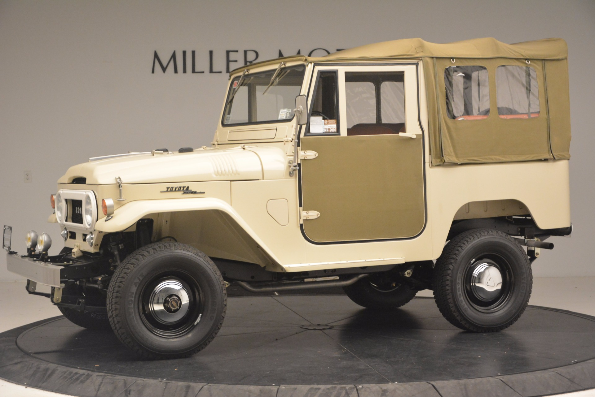 Used 1966 Toyota FJ40 Land Cruiser Land Cruiser For Sale In Greenwich, CT. Alfa Romeo of Greenwich, 11123 1179_p3