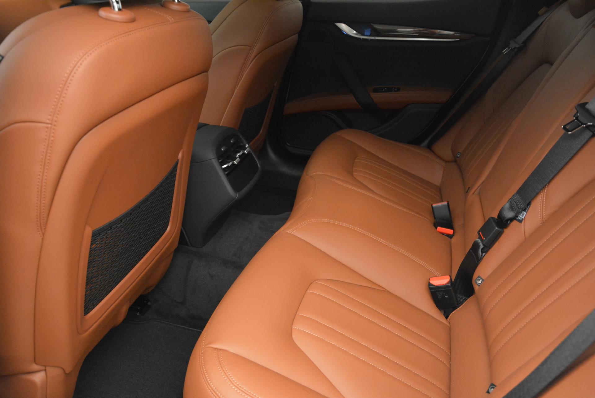 New 2016 Maserati Ghibli S Q4 For Sale In Greenwich, CT. Alfa Romeo of Greenwich, M1606 118_p17
