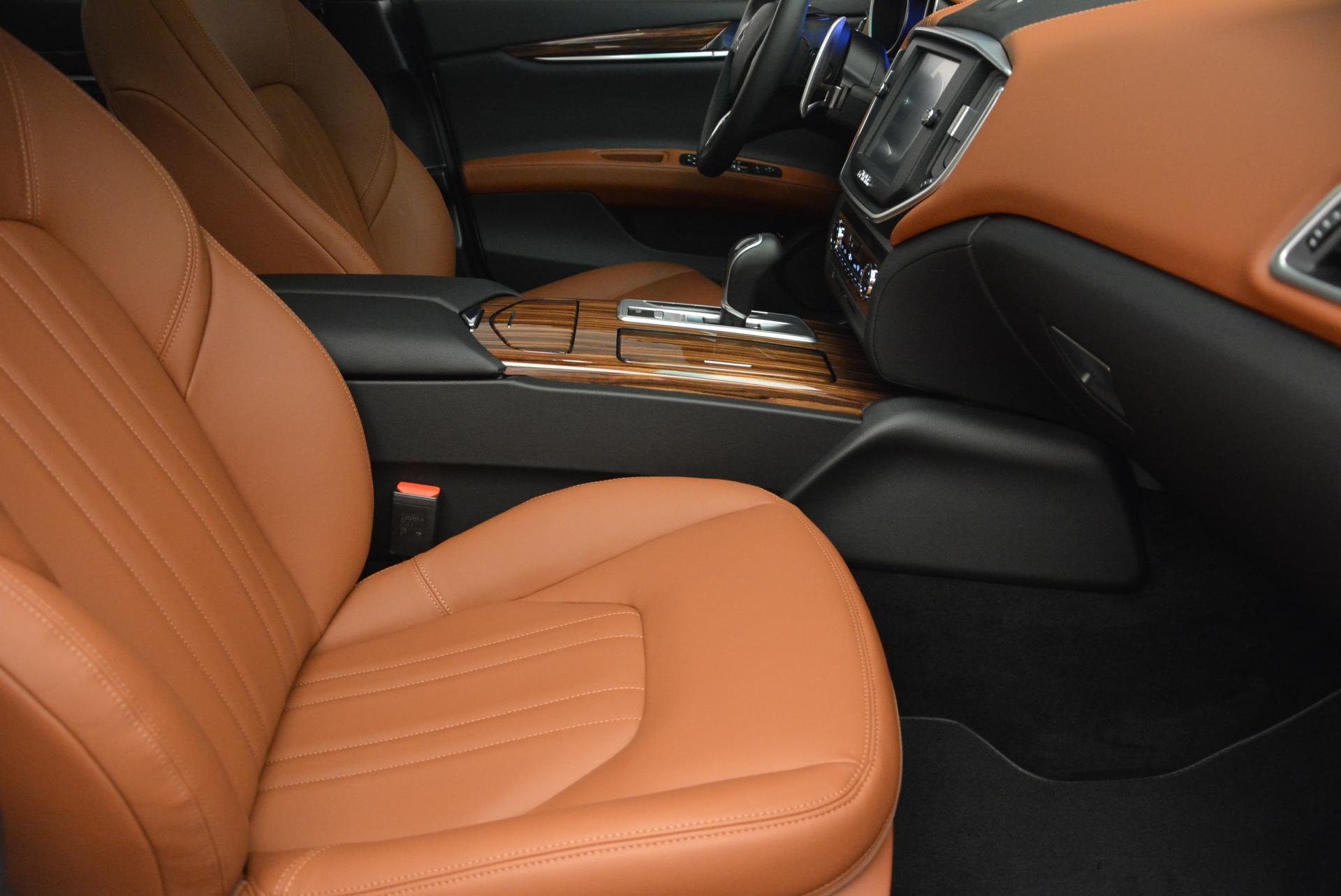 New 2016 Maserati Ghibli S Q4 For Sale In Greenwich, CT. Alfa Romeo of Greenwich, M1606 118_p20