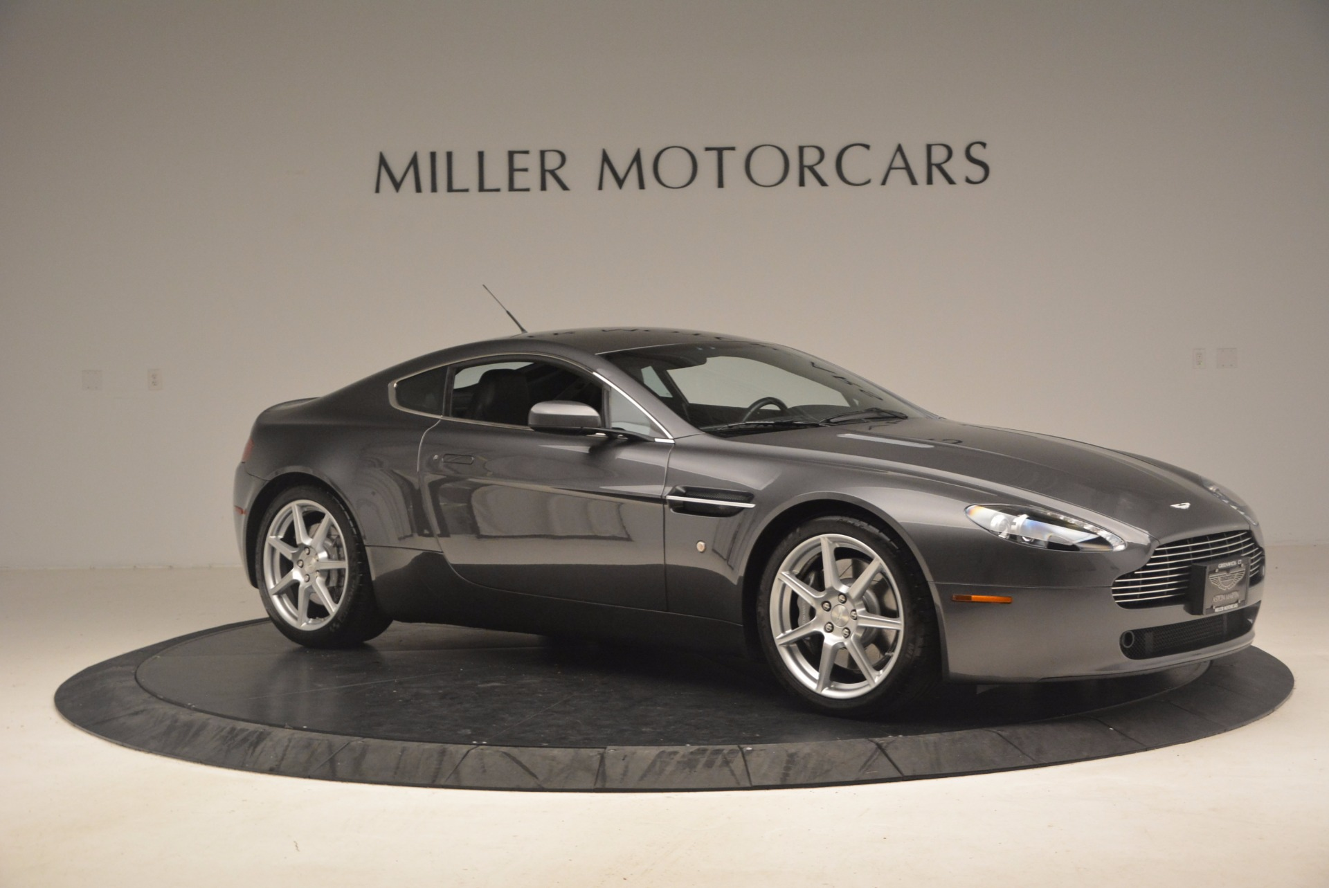 Used 2006 Aston Martin V8 Vantage Coupe  For Sale In Greenwich, CT. Alfa Romeo of Greenwich, A1215A 1180_p10