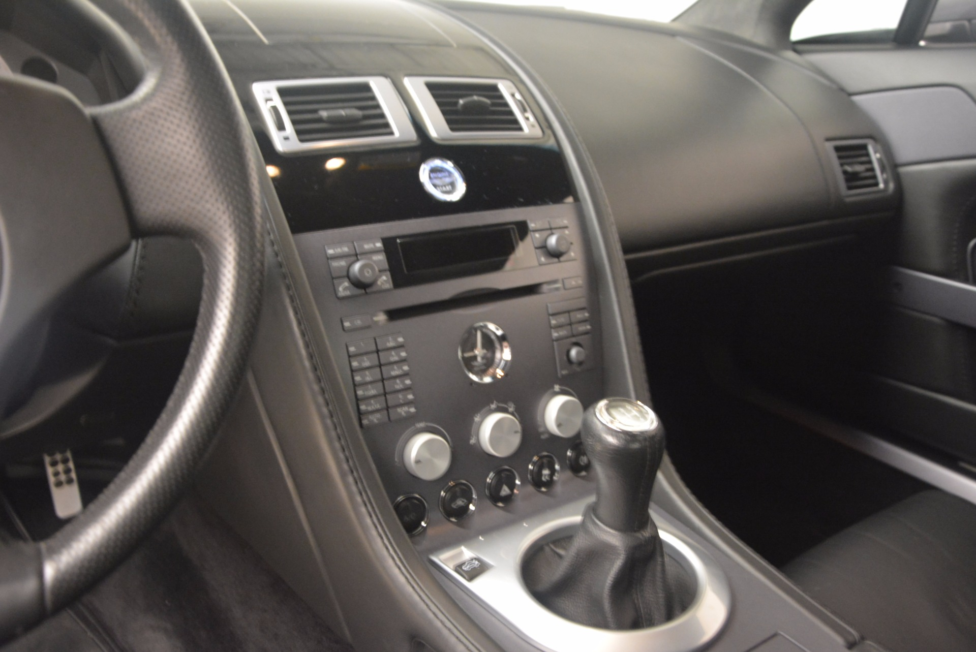 Used 2006 Aston Martin V8 Vantage Coupe  For Sale In Greenwich, CT. Alfa Romeo of Greenwich, A1215A 1180_p16
