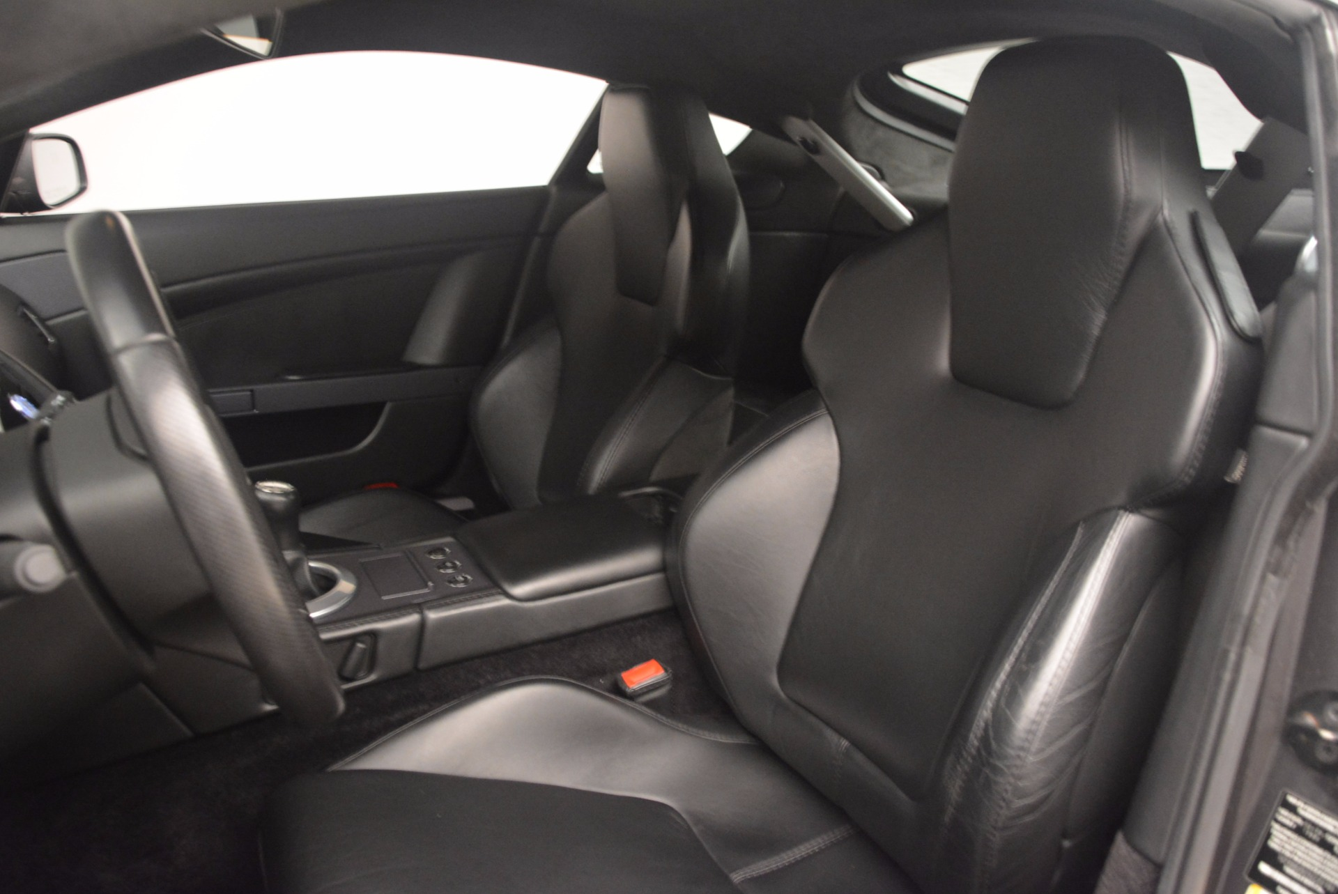 Used 2006 Aston Martin V8 Vantage Coupe  For Sale In Greenwich, CT. Alfa Romeo of Greenwich, A1215A 1180_p17