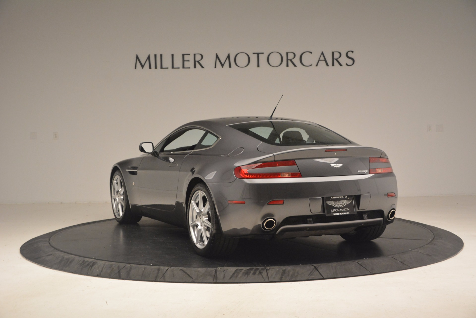 Used 2006 Aston Martin V8 Vantage Coupe  For Sale In Greenwich, CT. Alfa Romeo of Greenwich, A1215A 1180_p5