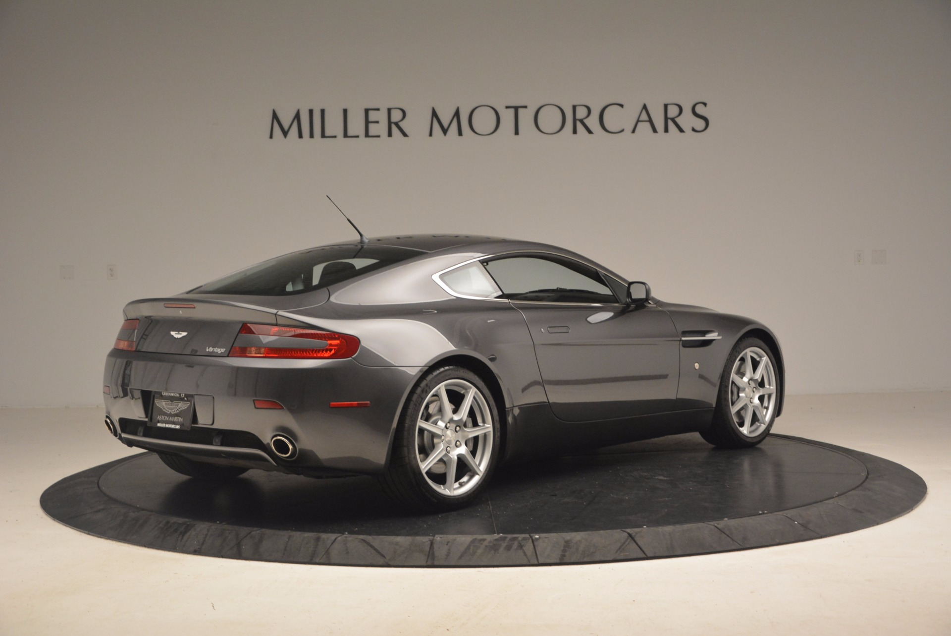 Used 2006 Aston Martin V8 Vantage Coupe  For Sale In Greenwich, CT. Alfa Romeo of Greenwich, A1215A 1180_p8