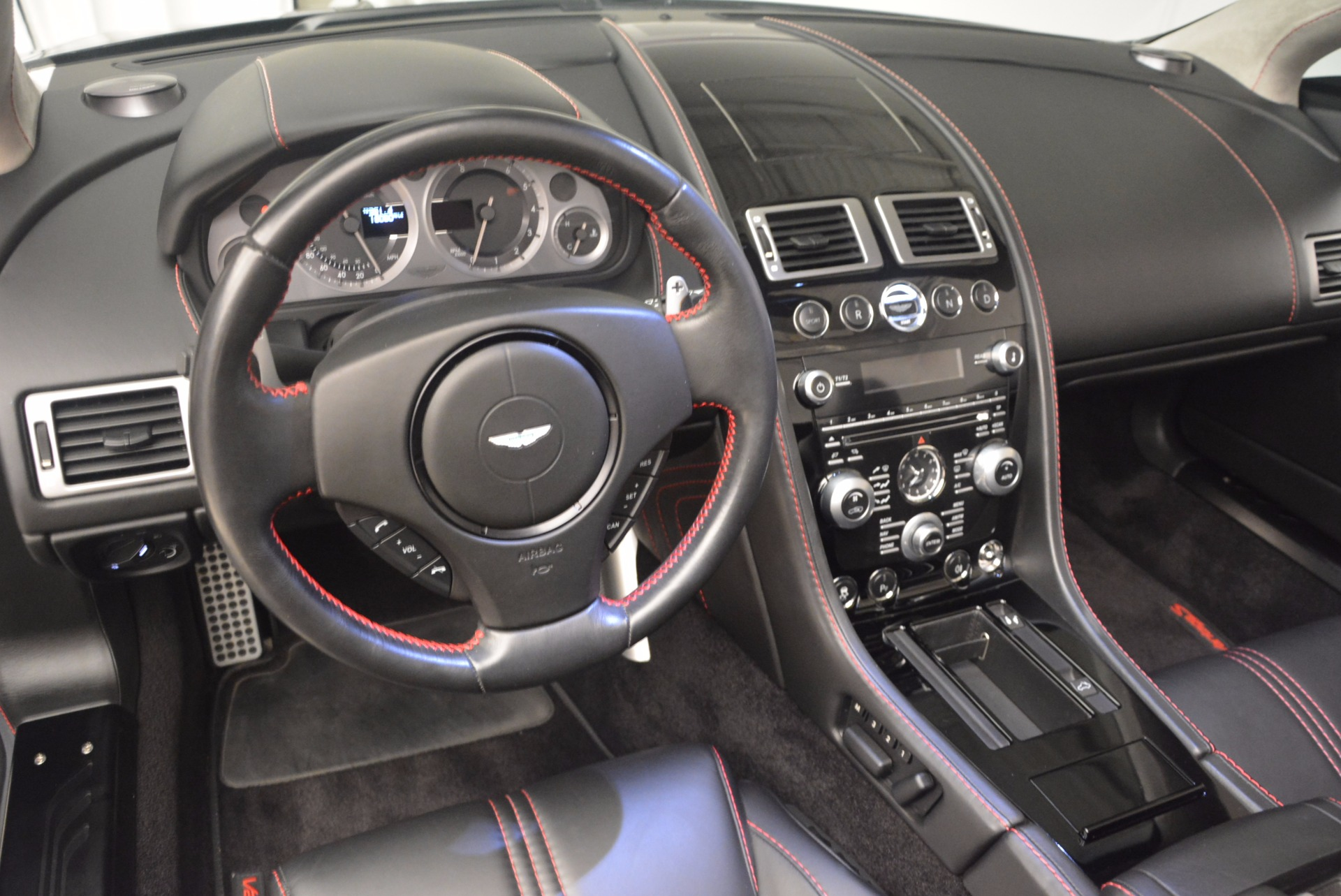 Used 2012 Aston Martin V8 Vantage S Roadster For Sale In Greenwich, CT. Alfa Romeo of Greenwich, 4328A 1181_p26