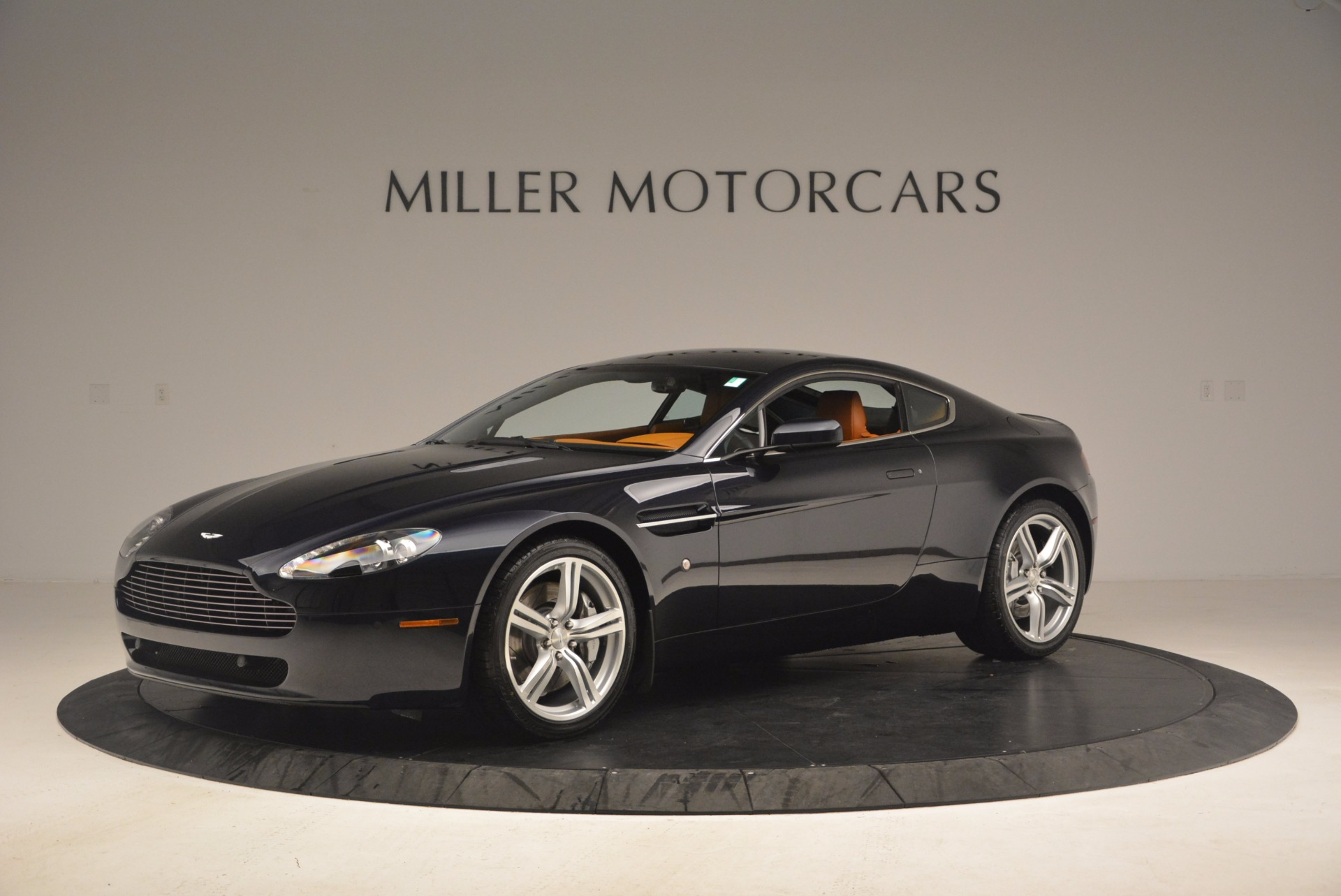 Used 2009 Aston Martin V8 Vantage  For Sale In Greenwich, CT. Alfa Romeo of Greenwich, 7210 1183_p2