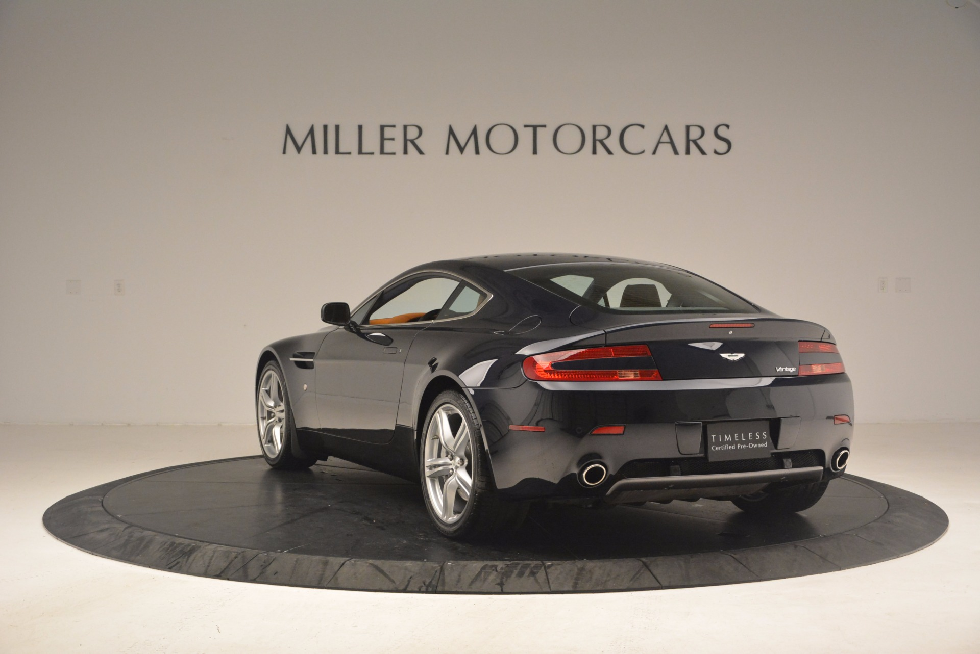 Used 2009 Aston Martin V8 Vantage  For Sale In Greenwich, CT. Alfa Romeo of Greenwich, 7210 1183_p5