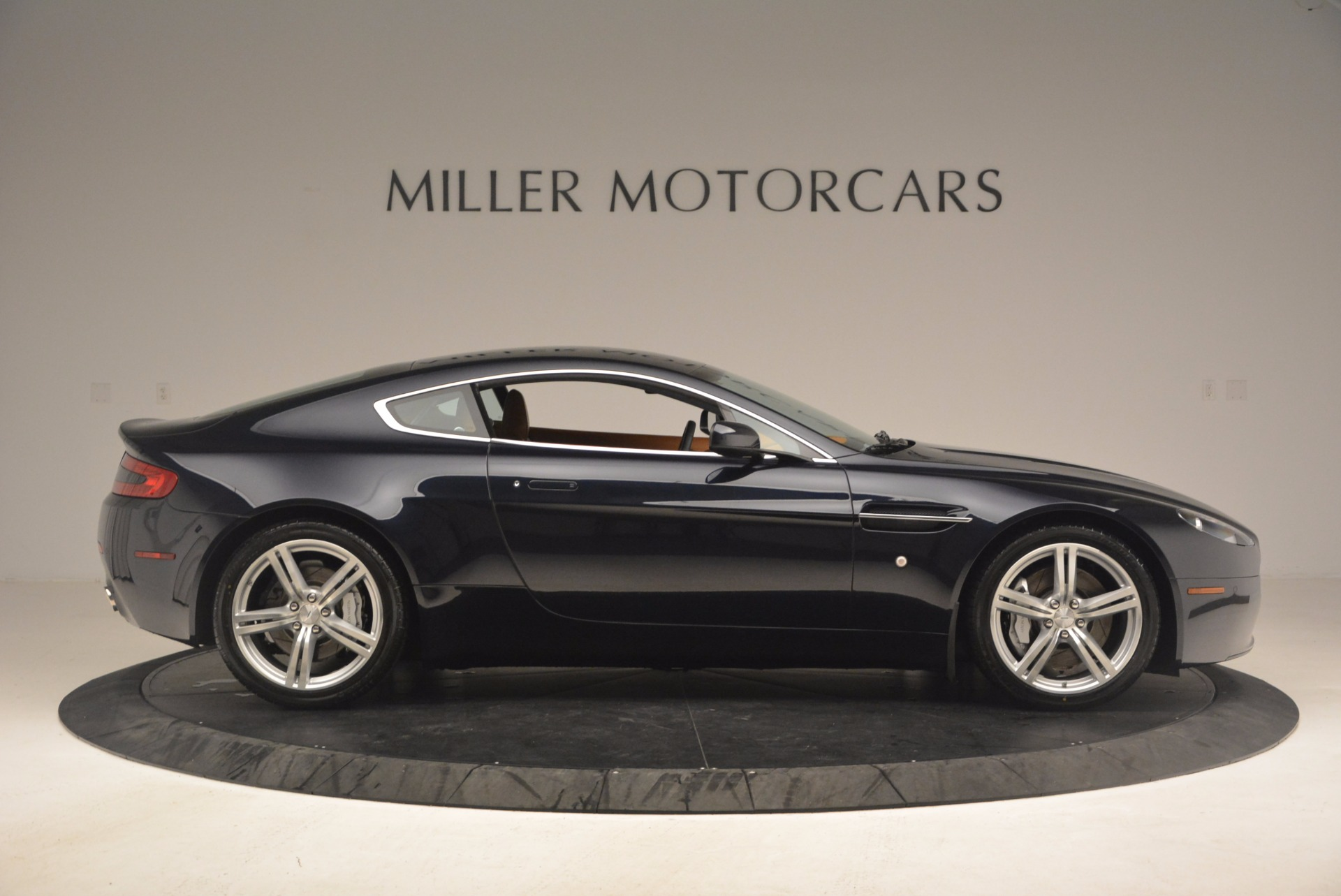 Used 2009 Aston Martin V8 Vantage  For Sale In Greenwich, CT. Alfa Romeo of Greenwich, 7210 1183_p9