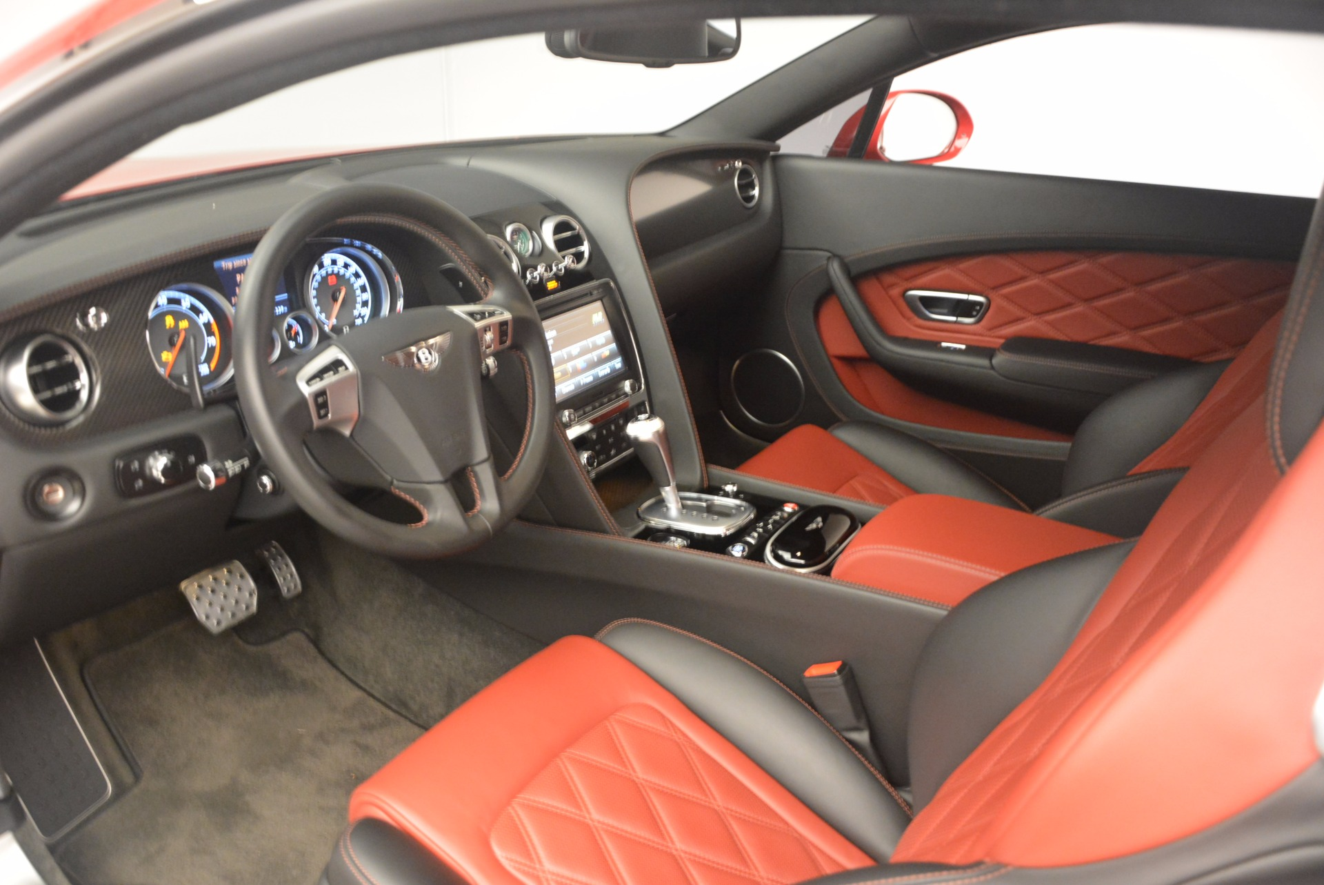 Used 2013 Bentley Continental GT V8 For Sale In Greenwich, CT. Alfa Romeo of Greenwich, 4371A 1185_p22