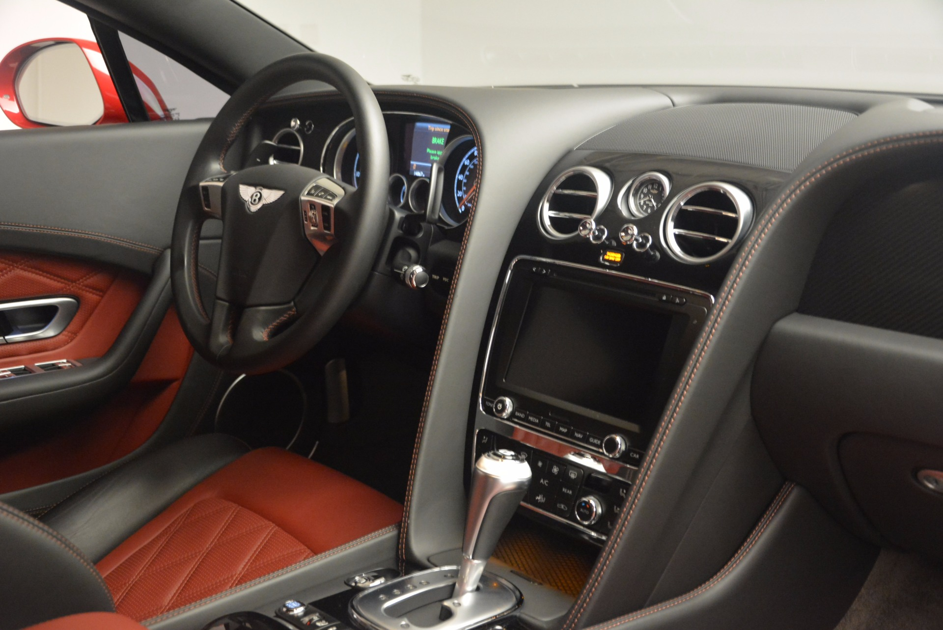 Used 2013 Bentley Continental GT V8 For Sale In Greenwich, CT. Alfa Romeo of Greenwich, 4371A 1185_p32