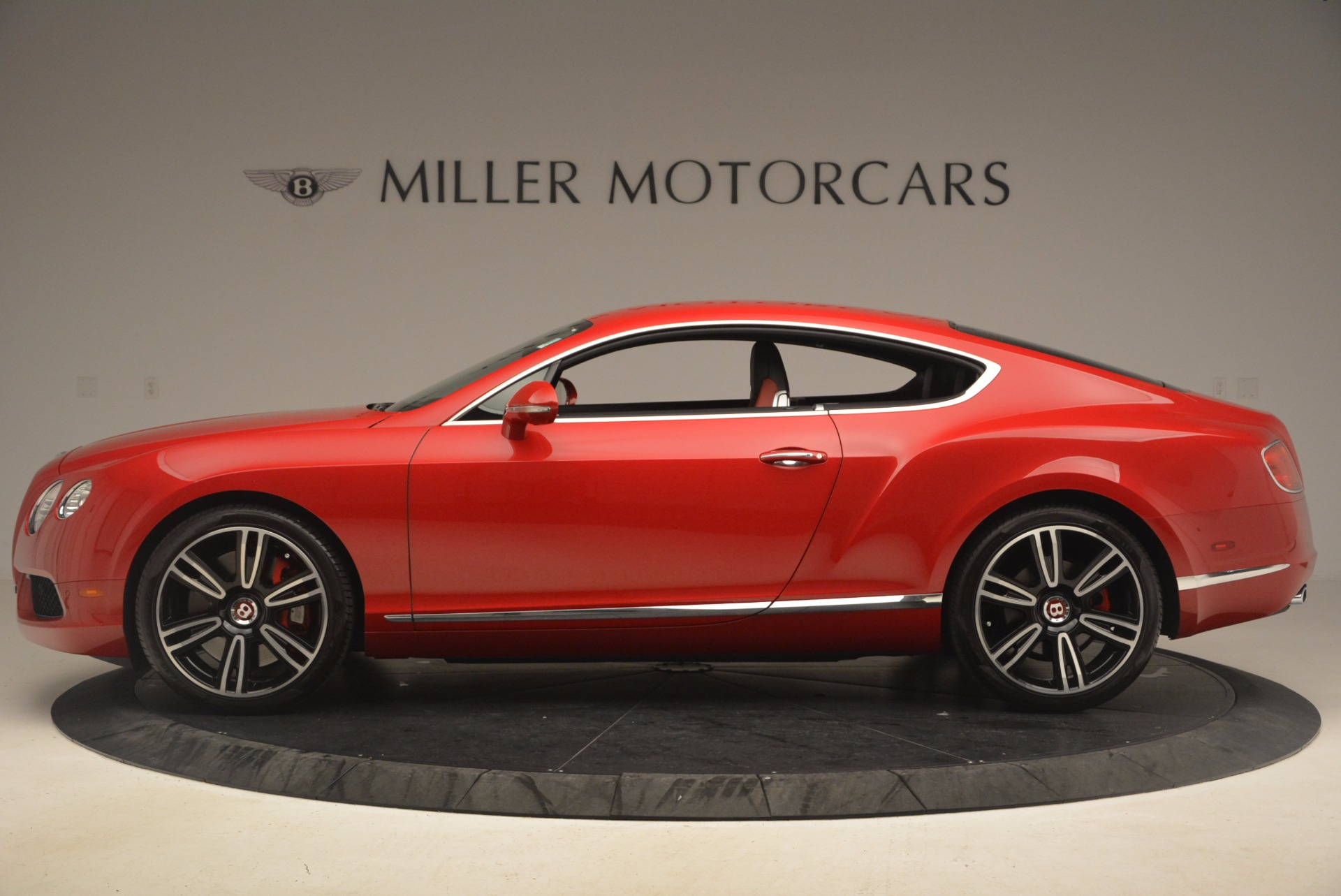 Used 2013 Bentley Continental GT V8 For Sale In Greenwich, CT. Alfa Romeo of Greenwich, 4371A 1185_p3