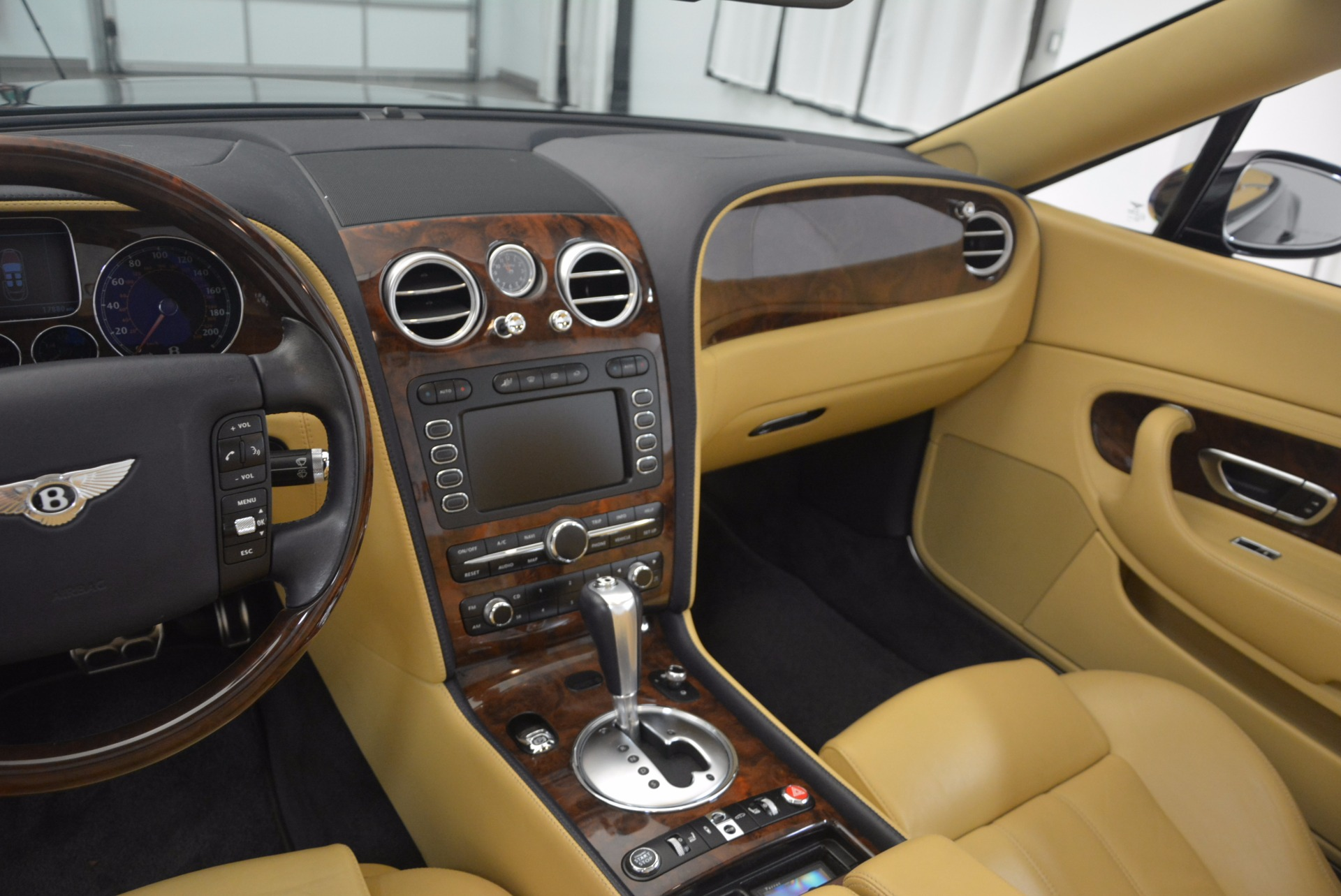 Used 2007 Bentley Continental GTC  For Sale In Greenwich, CT. Alfa Romeo of Greenwich, B1212A 1186_p39