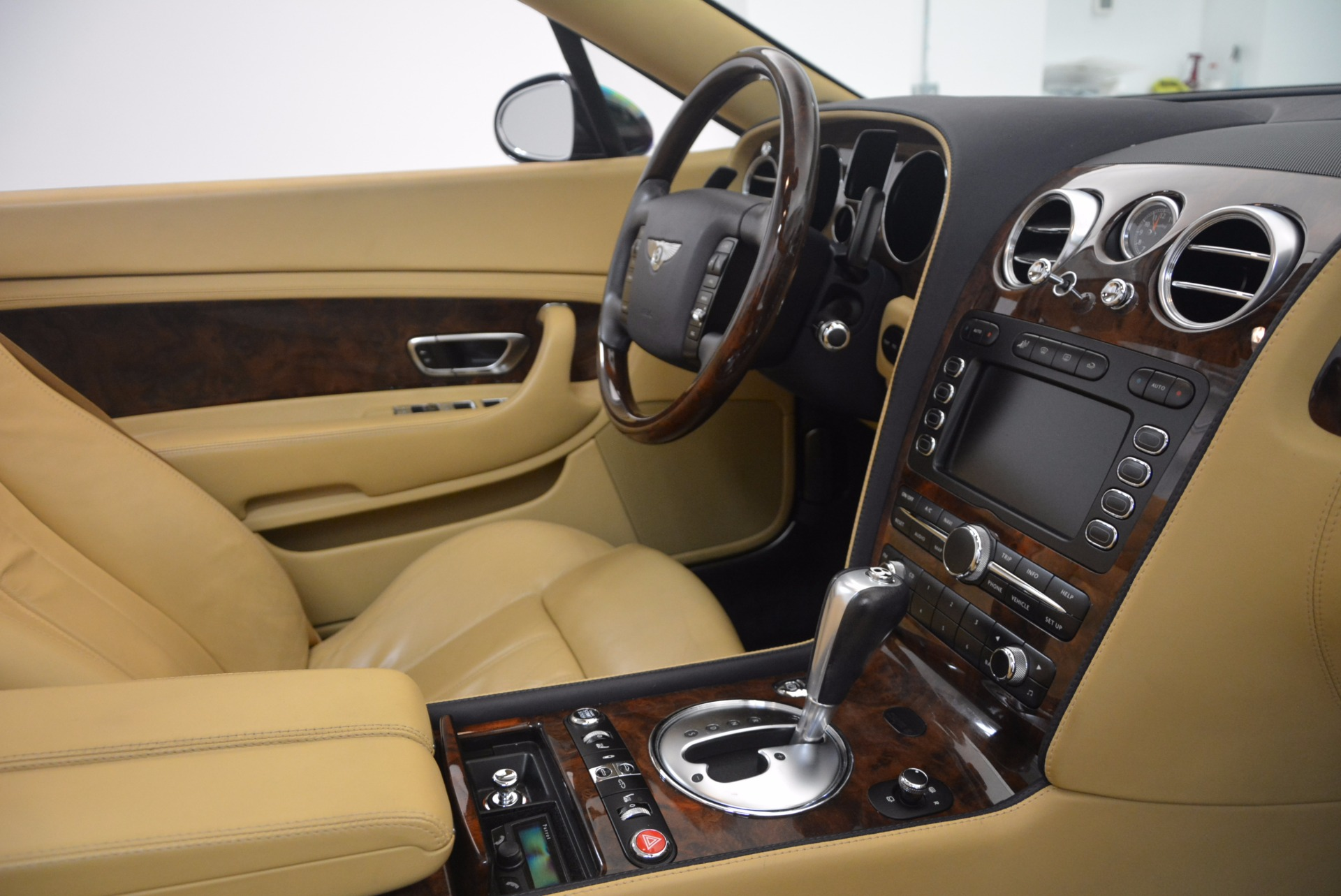 Used 2007 Bentley Continental GTC  For Sale In Greenwich, CT. Alfa Romeo of Greenwich, B1212A 1186_p48