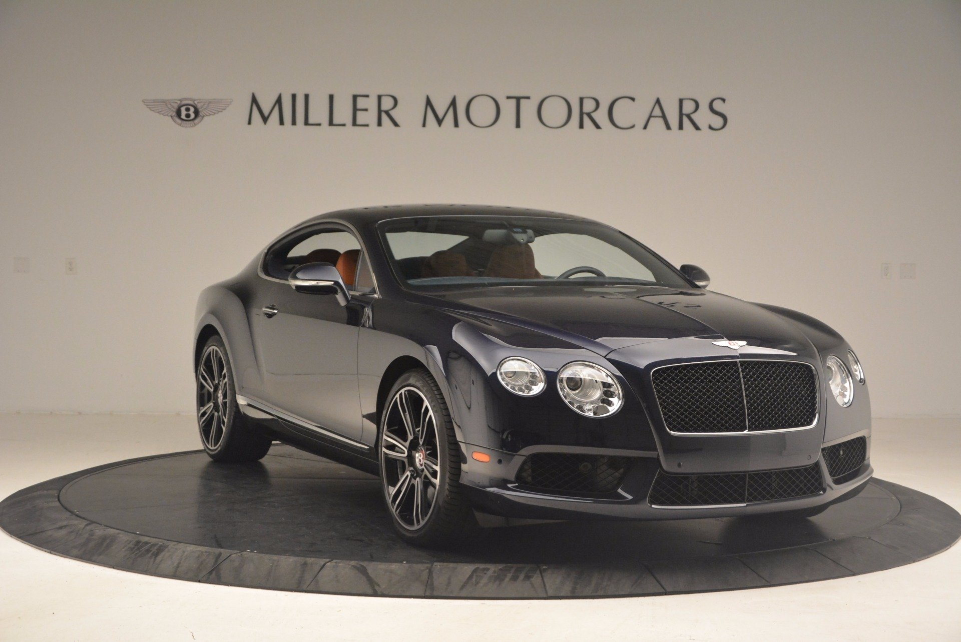 Used 2014 Bentley Continental GT V8 For Sale In Greenwich, CT. Alfa Romeo of Greenwich, 7213 1187_p11