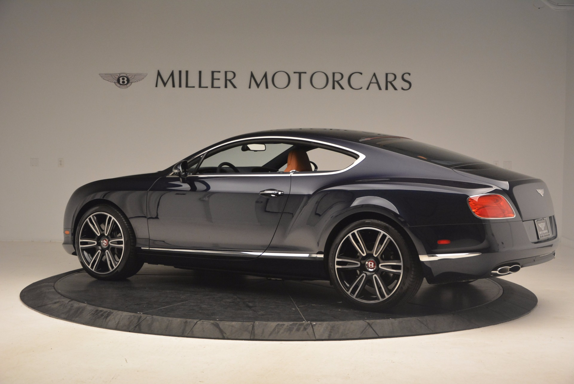 Used 2014 Bentley Continental GT V8 For Sale In Greenwich, CT. Alfa Romeo of Greenwich, 7213 1187_p4