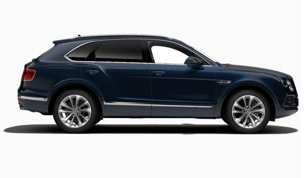 Used 2017 Bentley Bentayga W12 For Sale In Greenwich, CT. Alfa Romeo of Greenwich, 16002 1196_p3