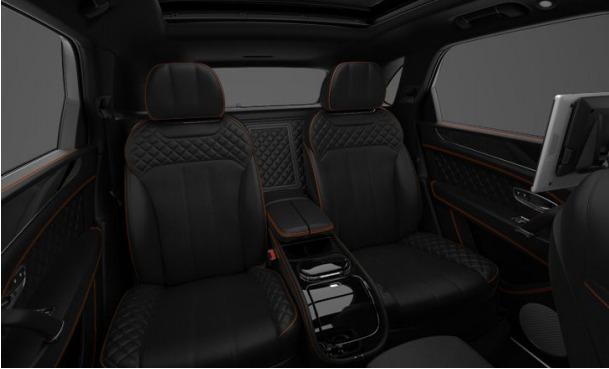 Used 2017 Bentley Bentayga  For Sale In Greenwich, CT. Alfa Romeo of Greenwich, 12499 1197_p8