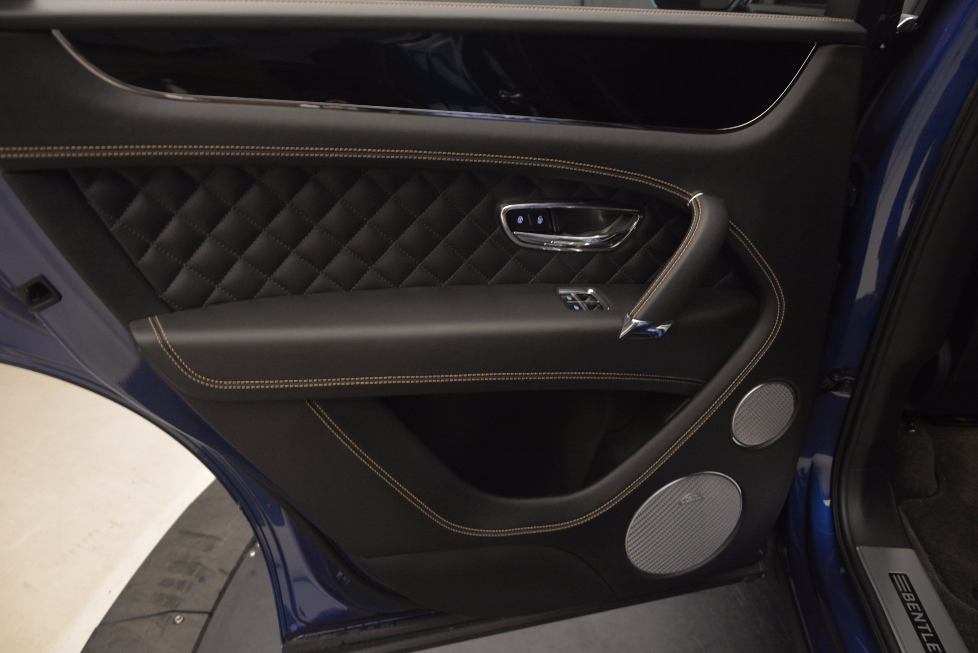 New 2017 Bentley Bentayga  For Sale In Greenwich, CT. Alfa Romeo of Greenwich, B1293 1198_p29