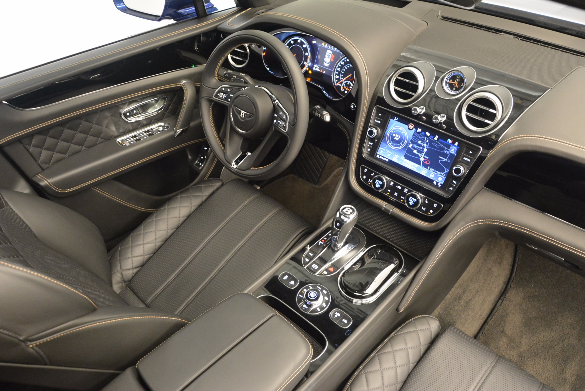 New 2017 Bentley Bentayga  For Sale In Greenwich, CT. Alfa Romeo of Greenwich, B1293 1198_p42