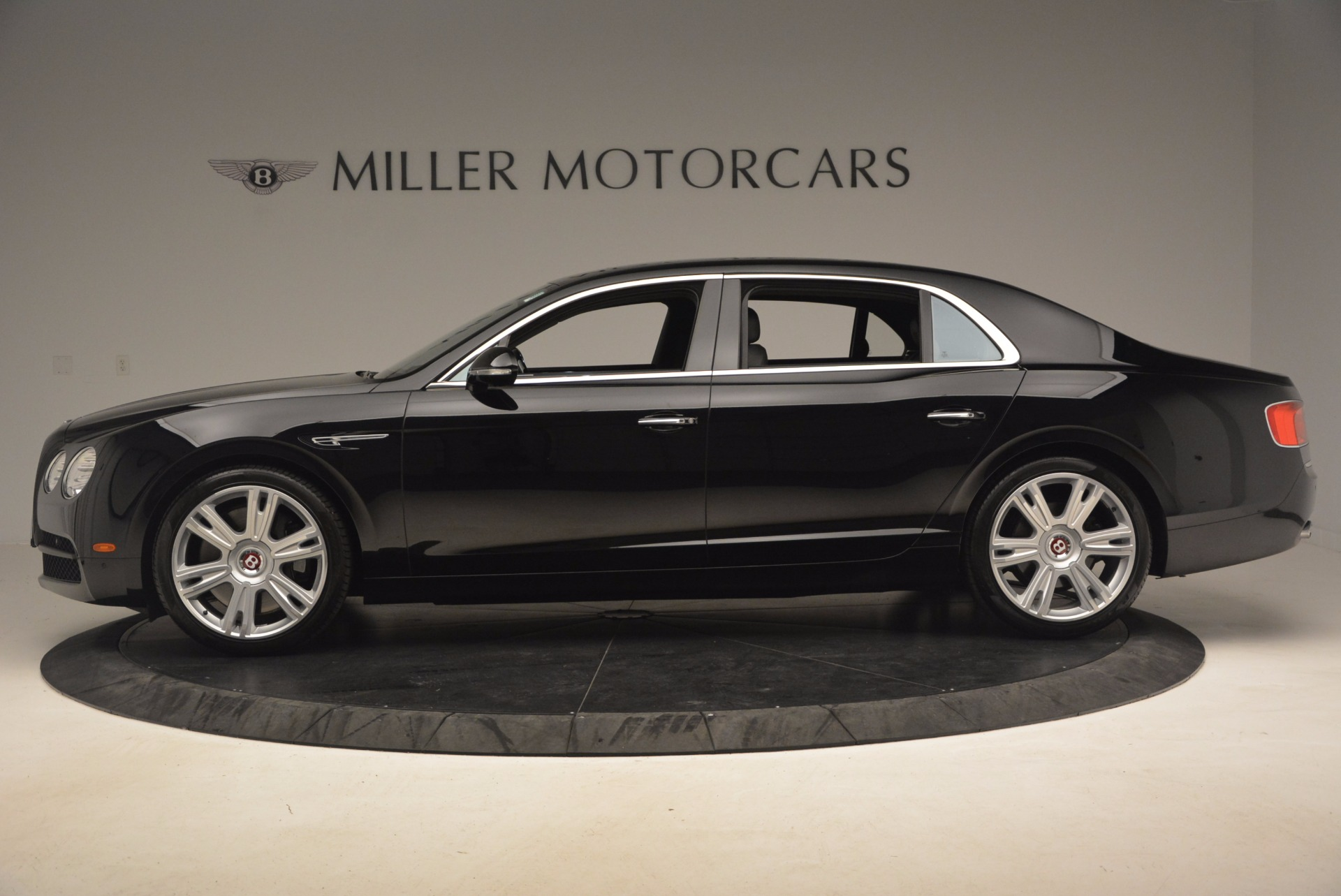 Used 2015 Bentley Flying Spur V8 For Sale In Greenwich, CT. Alfa Romeo of Greenwich, 7214 1199_p3