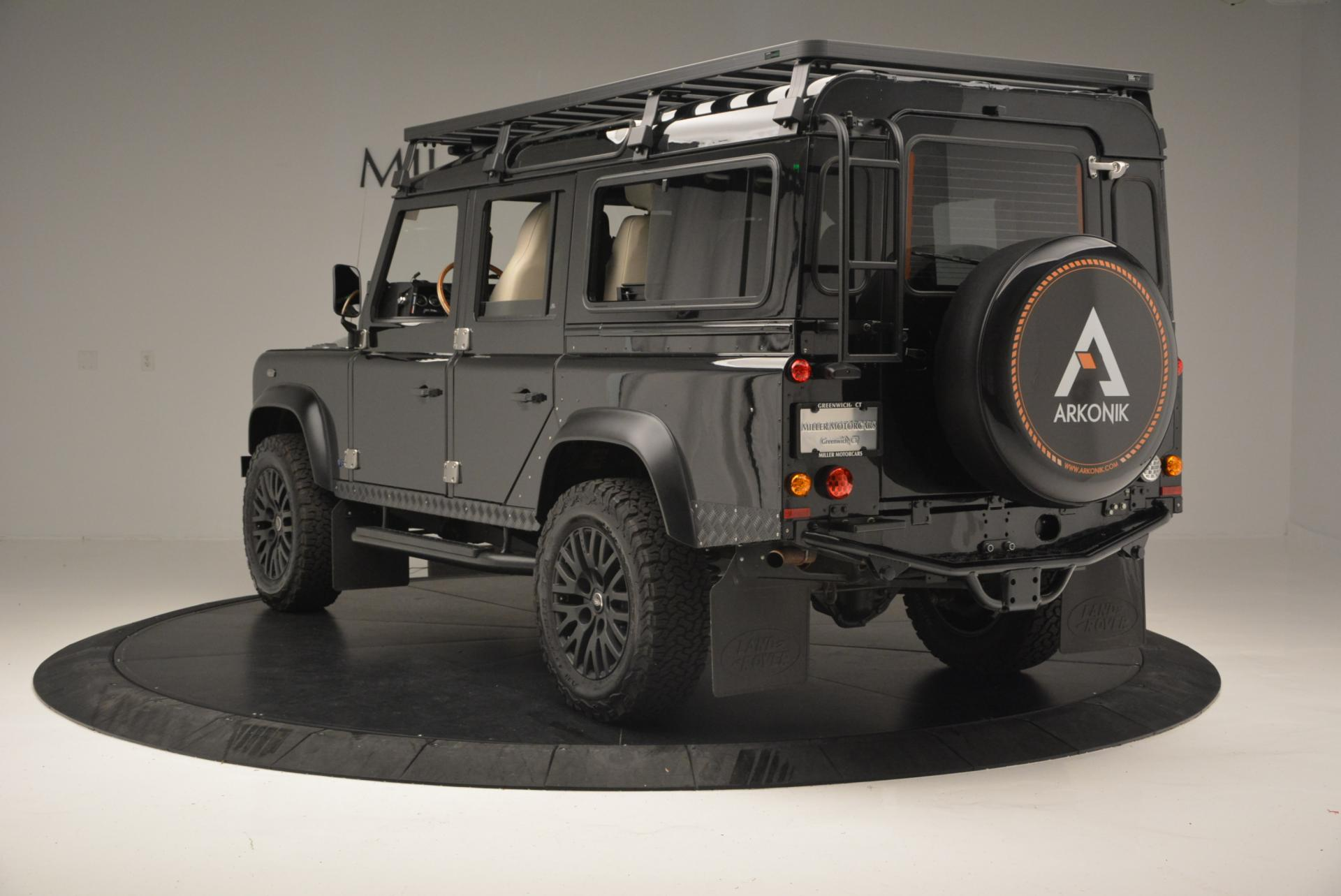 Used 1985 LAND ROVER Defender 110  For Sale In Greenwich, CT. Alfa Romeo of Greenwich, 7008C 120_p4