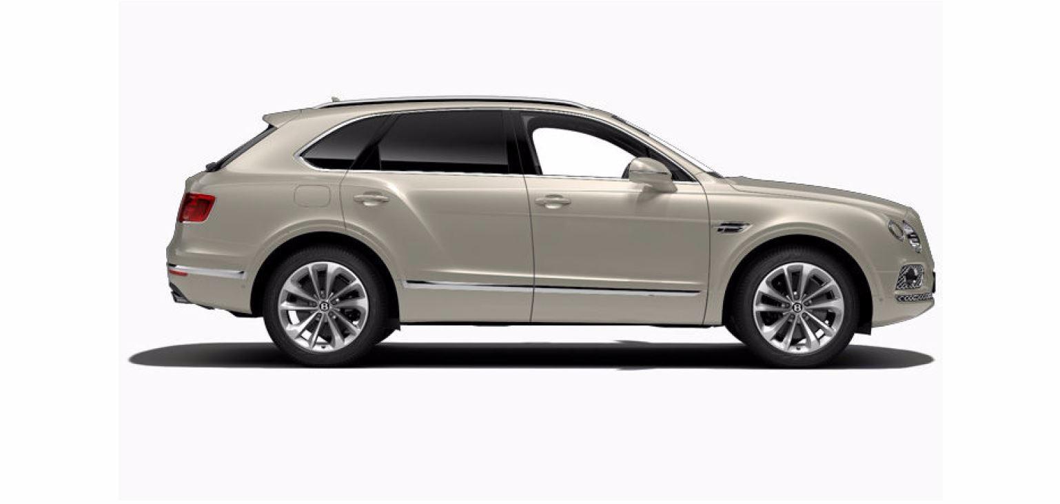 Used 2017 Bentley Bentayga W12 For Sale In Greenwich, CT. Alfa Romeo of Greenwich, 16062 1209_p3