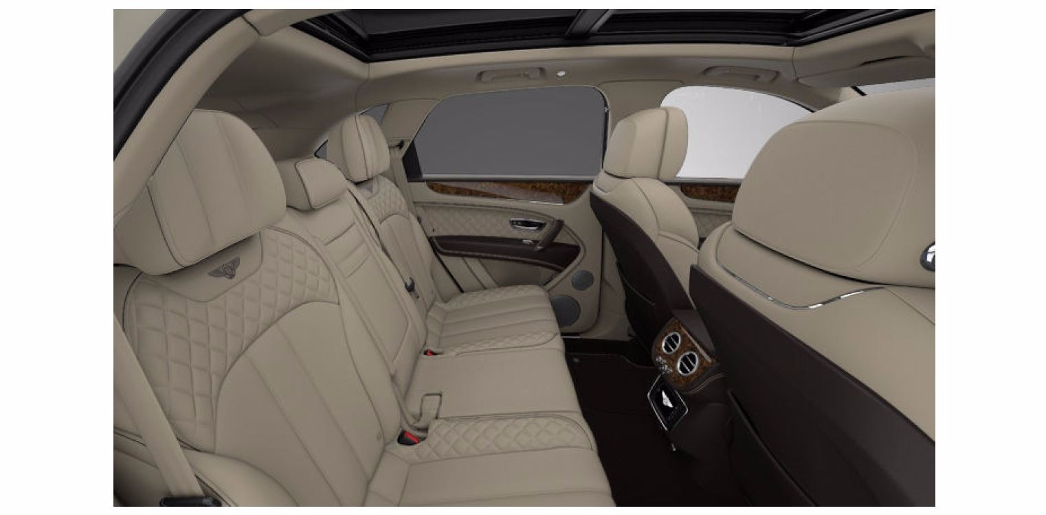 Used 2017 Bentley Bentayga W12 For Sale In Greenwich, CT. Alfa Romeo of Greenwich, 16062 1209_p7