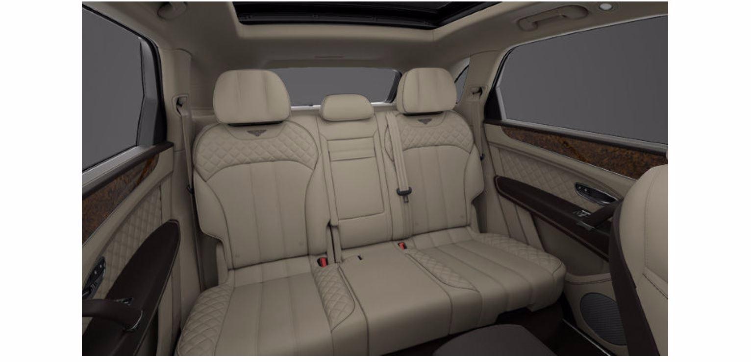 Used 2017 Bentley Bentayga W12 For Sale In Greenwich, CT. Alfa Romeo of Greenwich, 16062 1209_p8