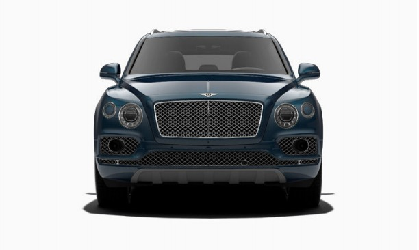 Used 2017 Bentley Bentayga  For Sale In Greenwich, CT. Alfa Romeo of Greenwich, 12599 1213_p2