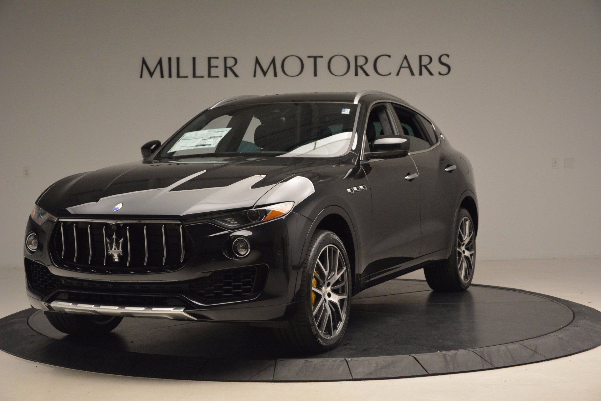 New 2017 Maserati Levante S For Sale In Greenwich, CT. Alfa Romeo of Greenwich, W460 1215_main