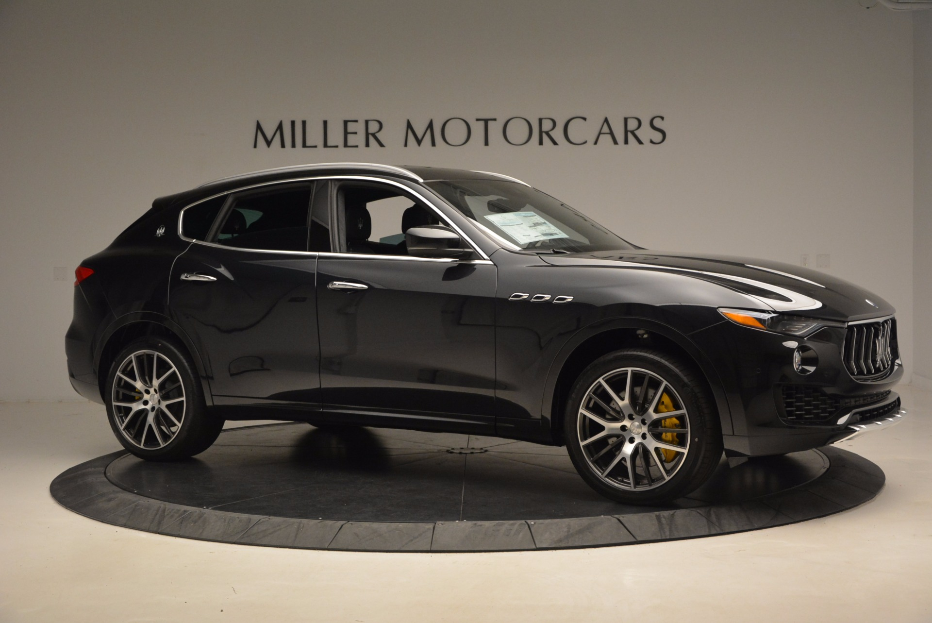 New 2017 Maserati Levante S For Sale In Greenwich, CT. Alfa Romeo of Greenwich, W460 1215_p10