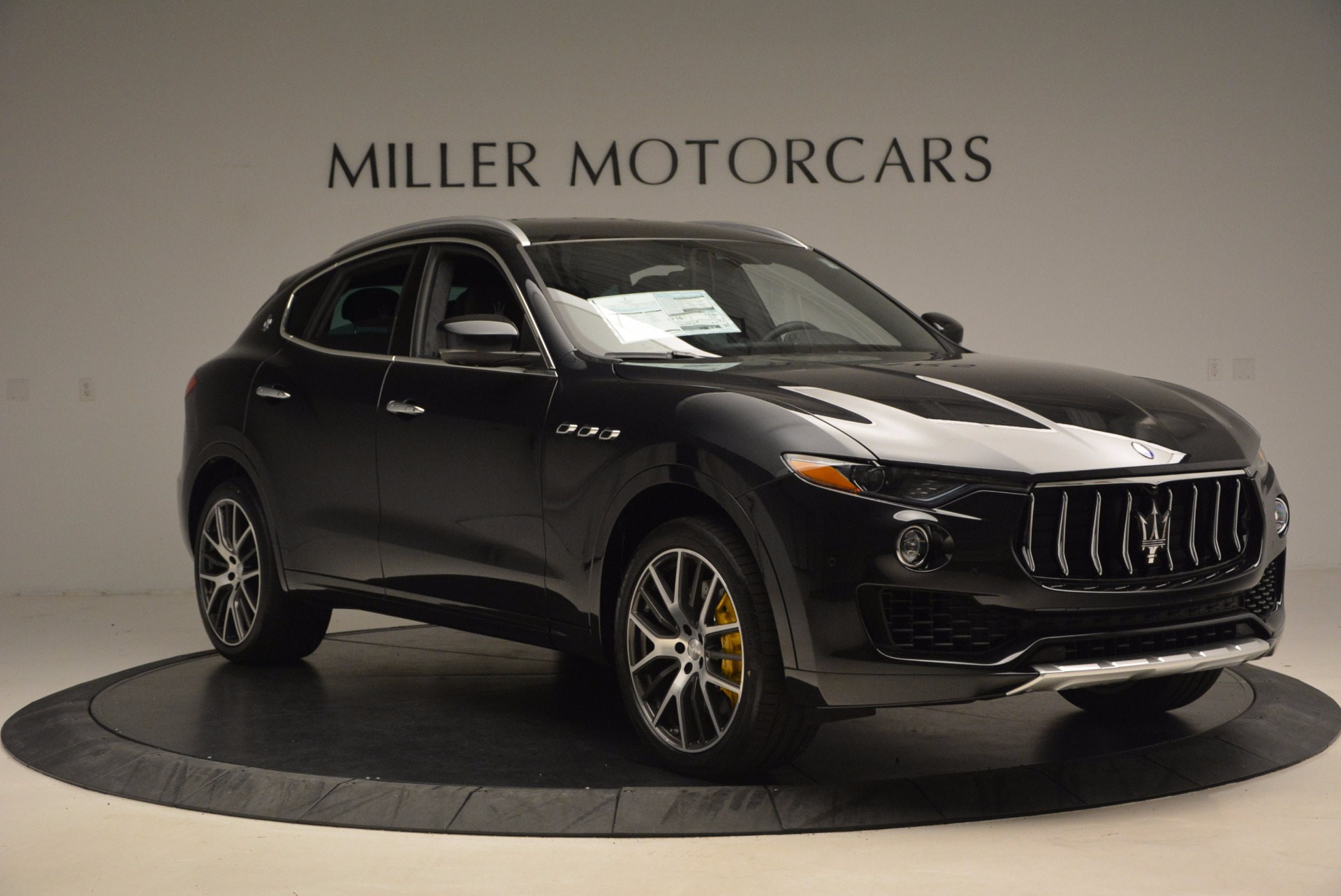 New 2017 Maserati Levante S For Sale In Greenwich, CT. Alfa Romeo of Greenwich, W460 1215_p11