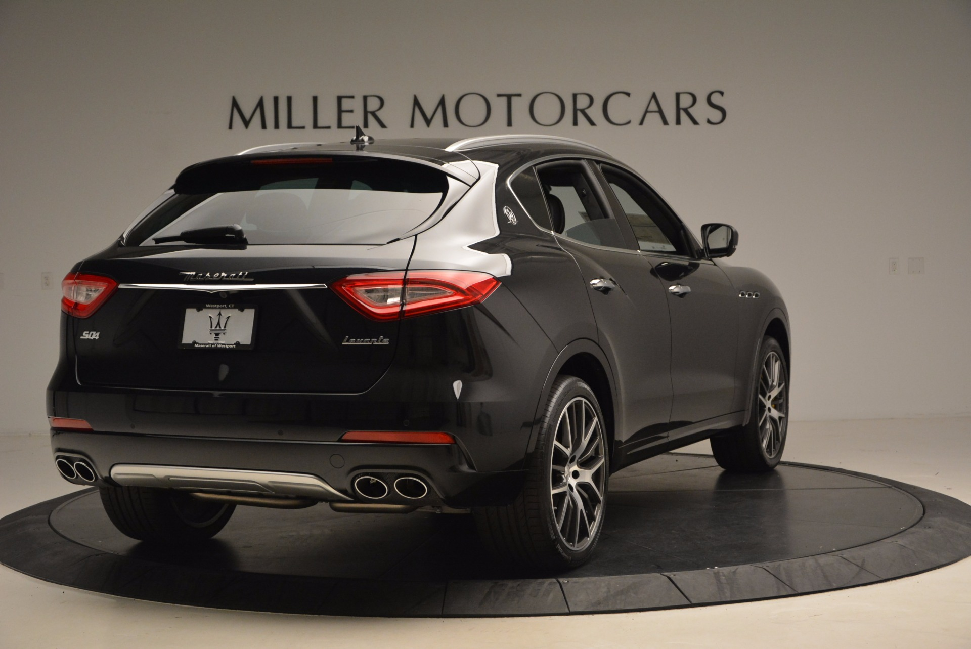 New 2017 Maserati Levante S For Sale In Greenwich, CT. Alfa Romeo of Greenwich, W460 1215_p7