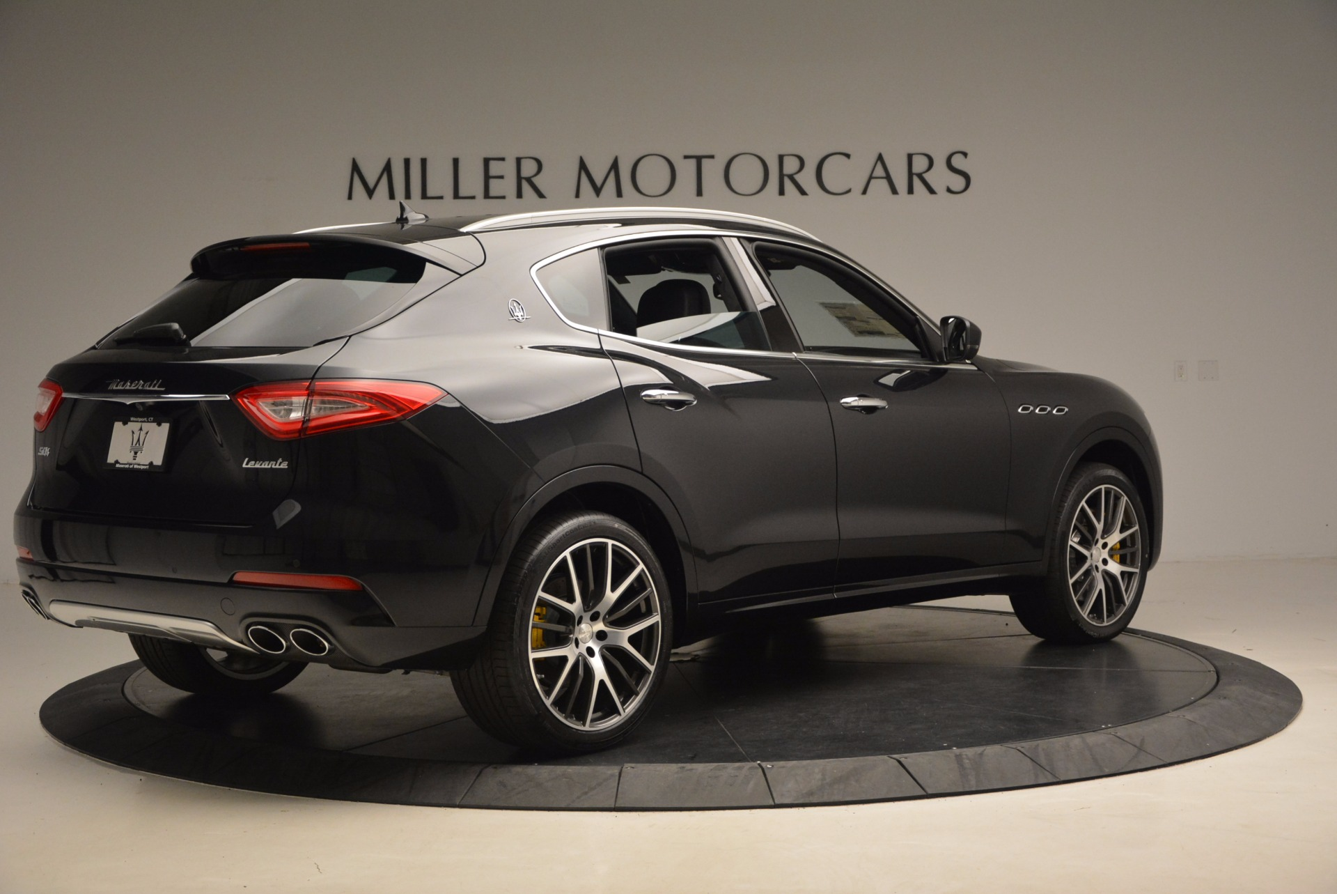 New 2017 Maserati Levante S For Sale In Greenwich, CT. Alfa Romeo of Greenwich, W460 1215_p8