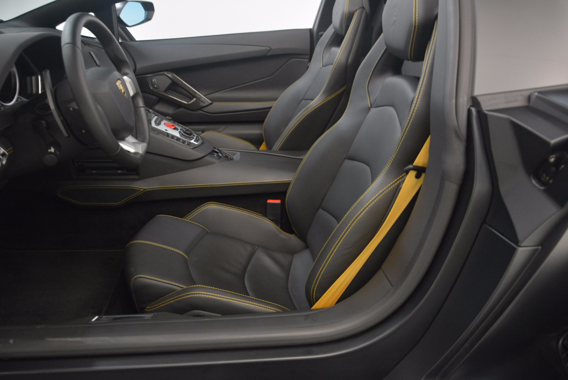 Used 2015 Lamborghini Aventador LP 700-4 For Sale In Greenwich, CT. Alfa Romeo of Greenwich, R404A 1217_p24