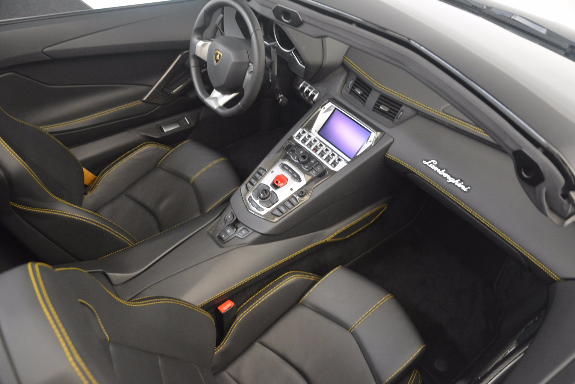 Used 2015 Lamborghini Aventador LP 700-4 For Sale In Greenwich, CT. Alfa Romeo of Greenwich, R404A 1217_p27