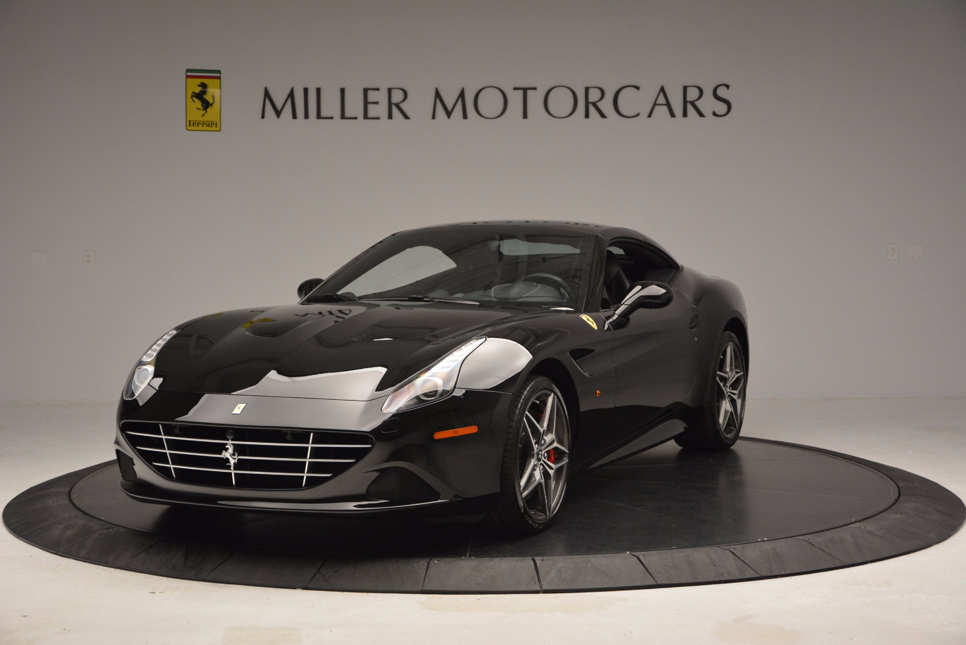 Used 2015 Ferrari California T  For Sale In Greenwich, CT. Alfa Romeo of Greenwich, 4394 1218_p14
