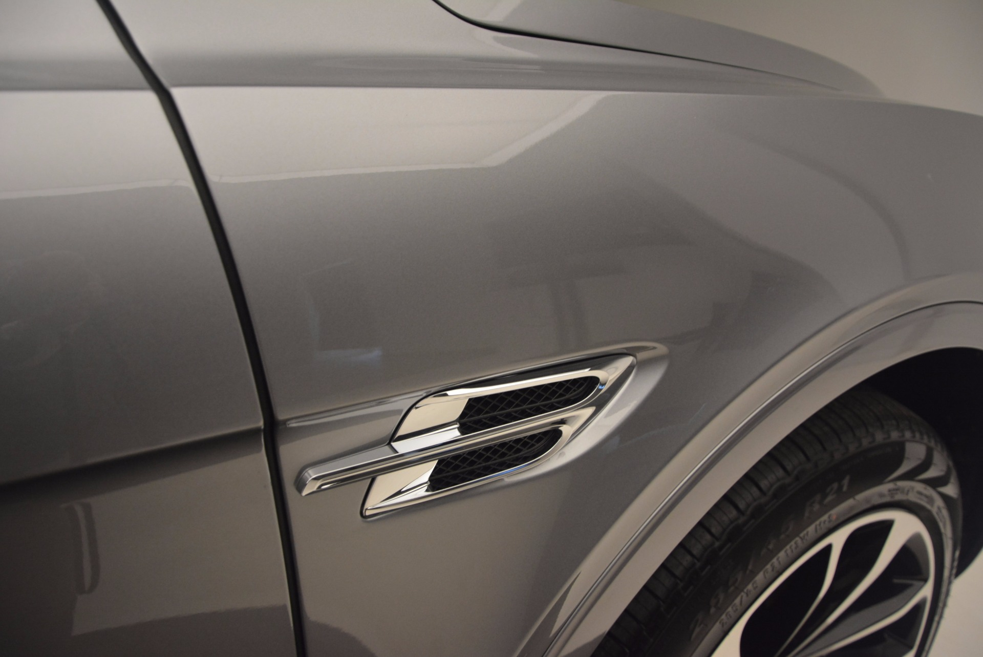 New 2018 Bentley Bentayga Onyx For Sale In Greenwich, CT. Alfa Romeo of Greenwich, B1256 1220_p19