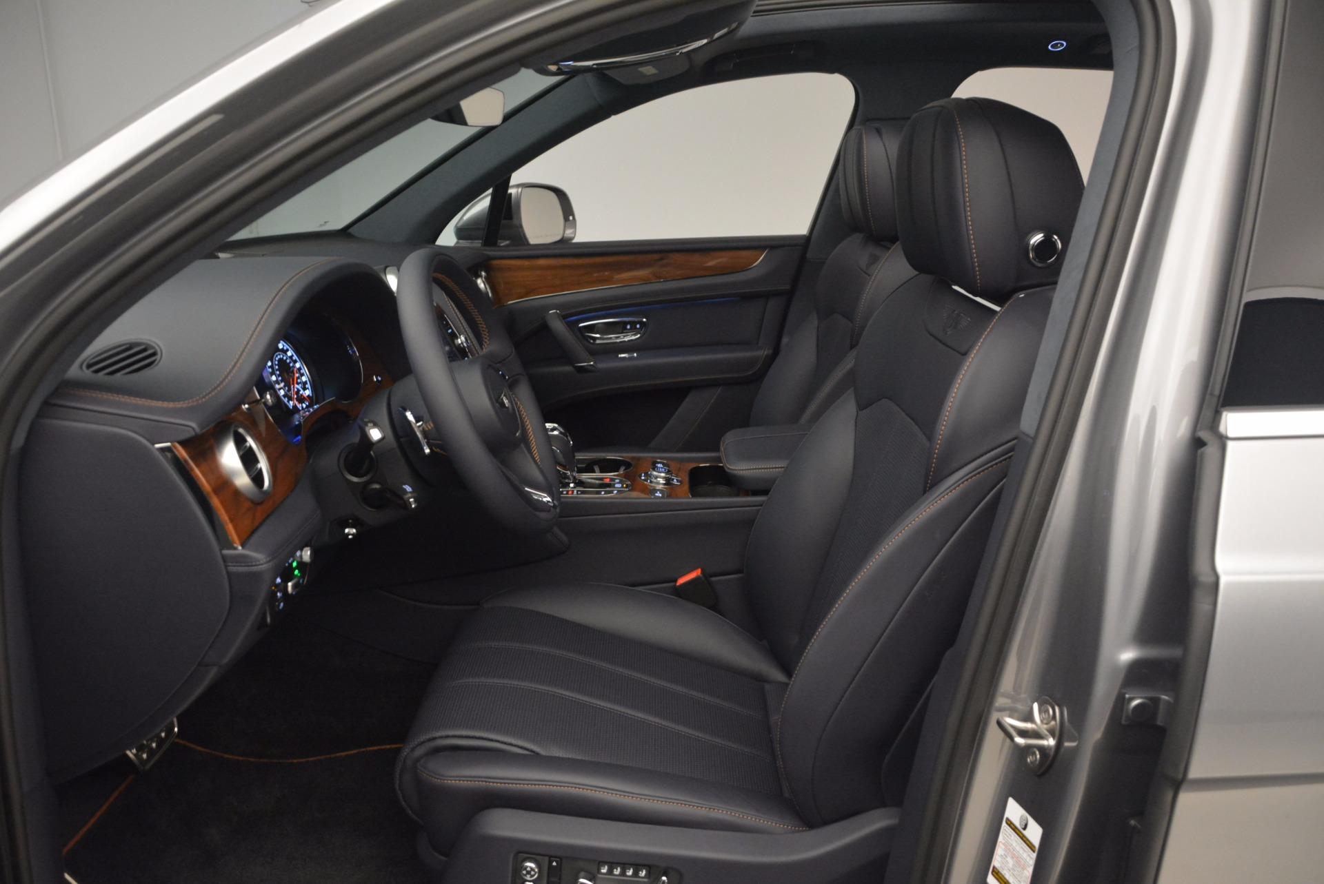 New 2018 Bentley Bentayga Onyx For Sale In Greenwich, CT. Alfa Romeo of Greenwich, B1256 1220_p24
