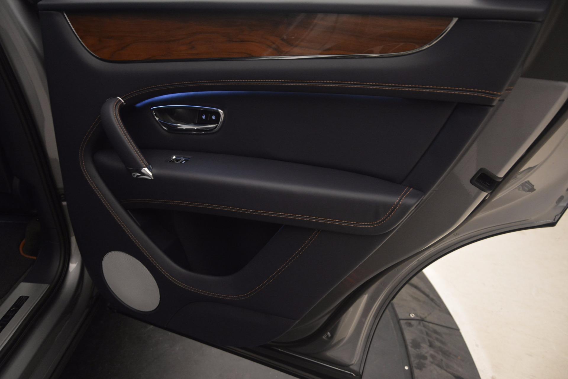 New 2018 Bentley Bentayga Onyx For Sale In Greenwich, CT. Alfa Romeo of Greenwich, B1256 1220_p33