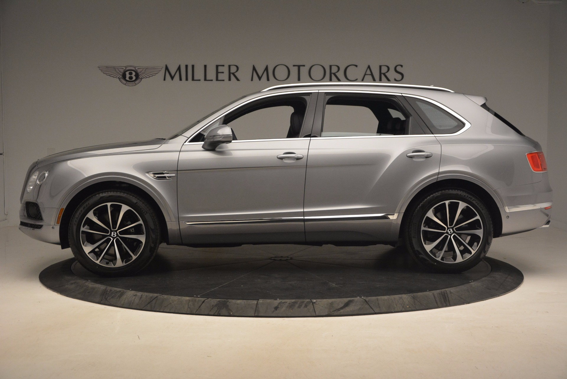 New 2018 Bentley Bentayga Onyx For Sale In Greenwich, CT. Alfa Romeo of Greenwich, B1256 1220_p3