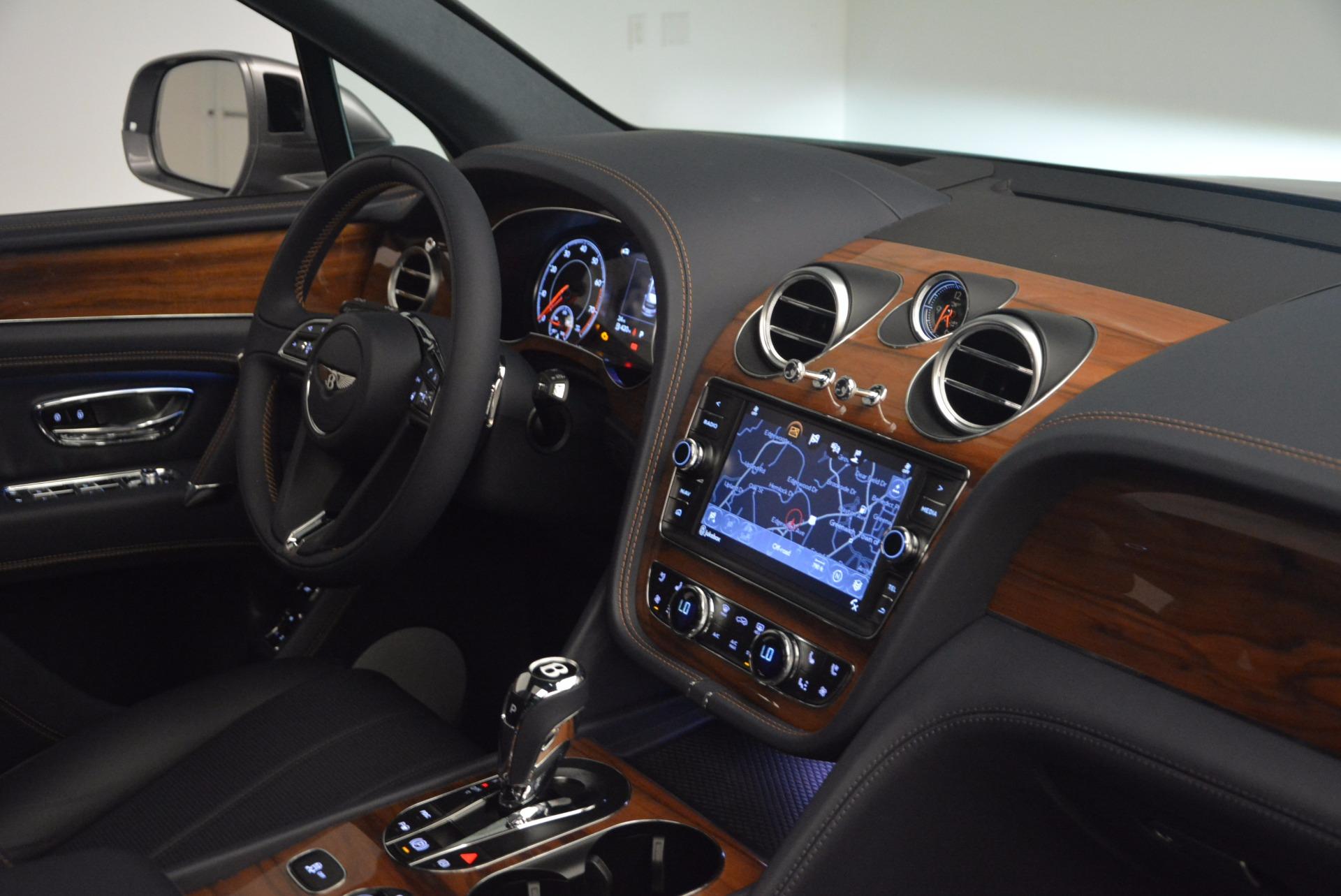 New 2018 Bentley Bentayga Onyx For Sale In Greenwich, CT. Alfa Romeo of Greenwich, B1256 1220_p41