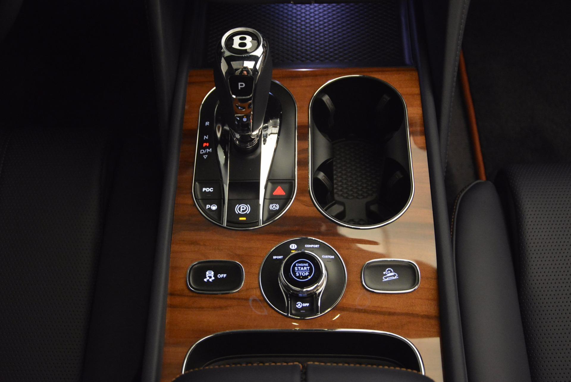 New 2018 Bentley Bentayga Onyx For Sale In Greenwich, CT. Alfa Romeo of Greenwich, B1256 1220_p44